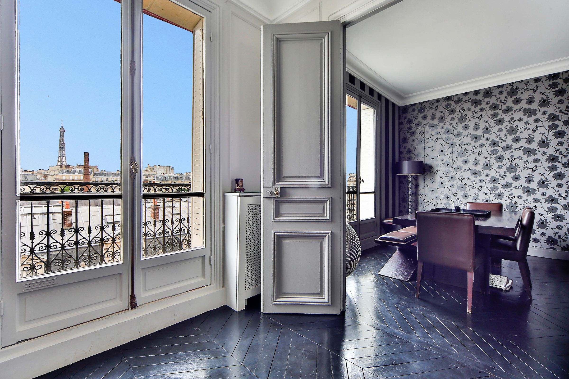Property For Sale at Paris 16 - Pompe. Apartment. Eiifel Tower view.