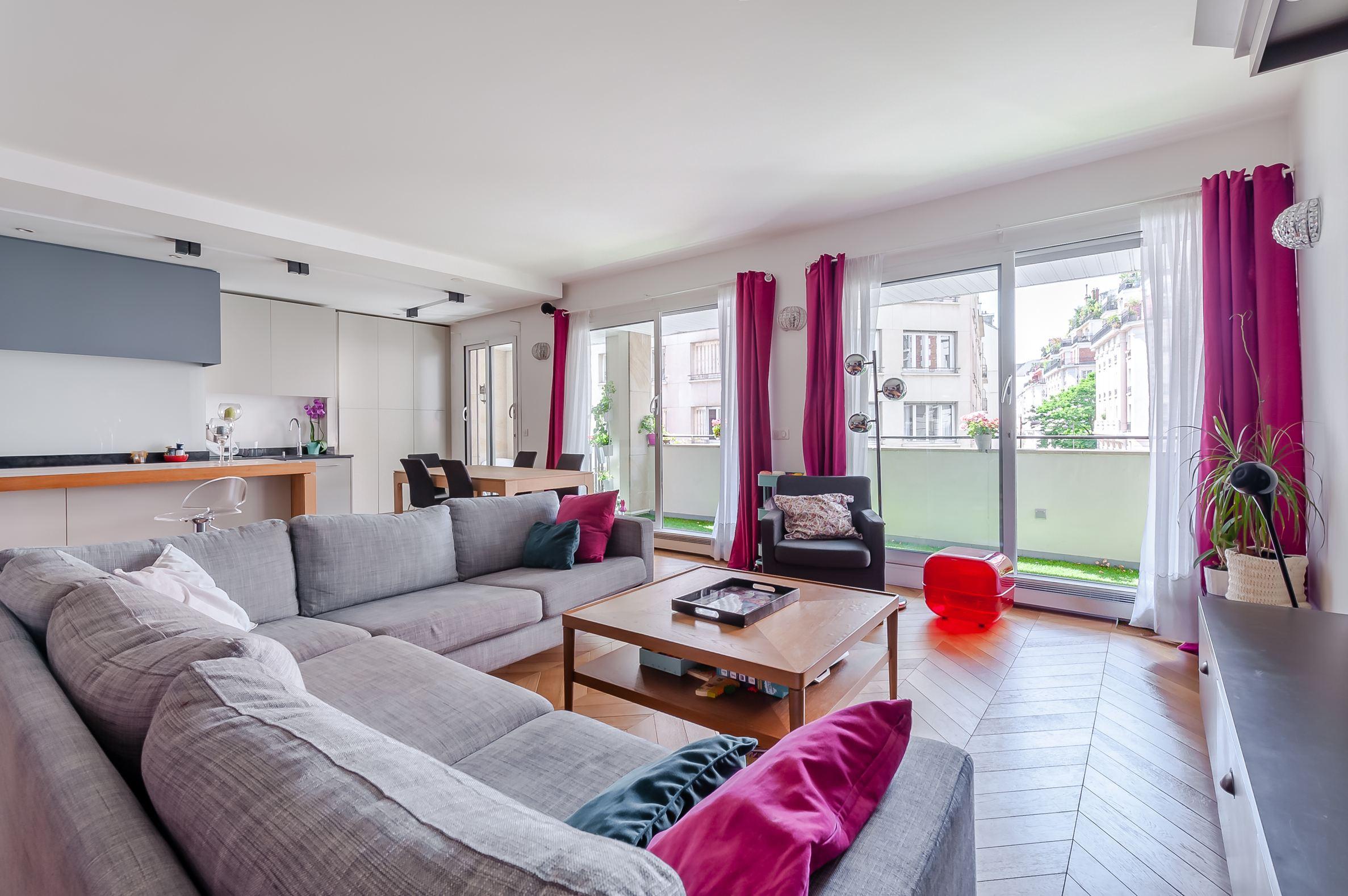 sales property at Apartment