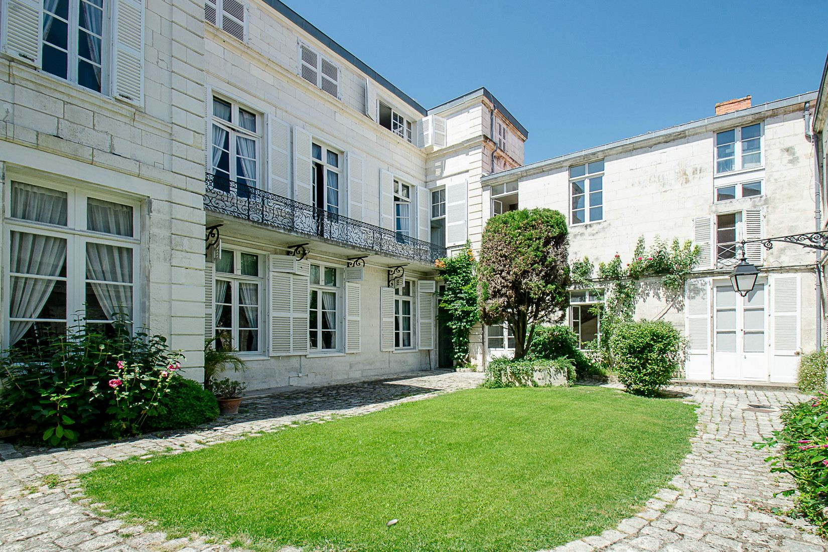 Property For Sale at Mansion - LA ROCHELLE
