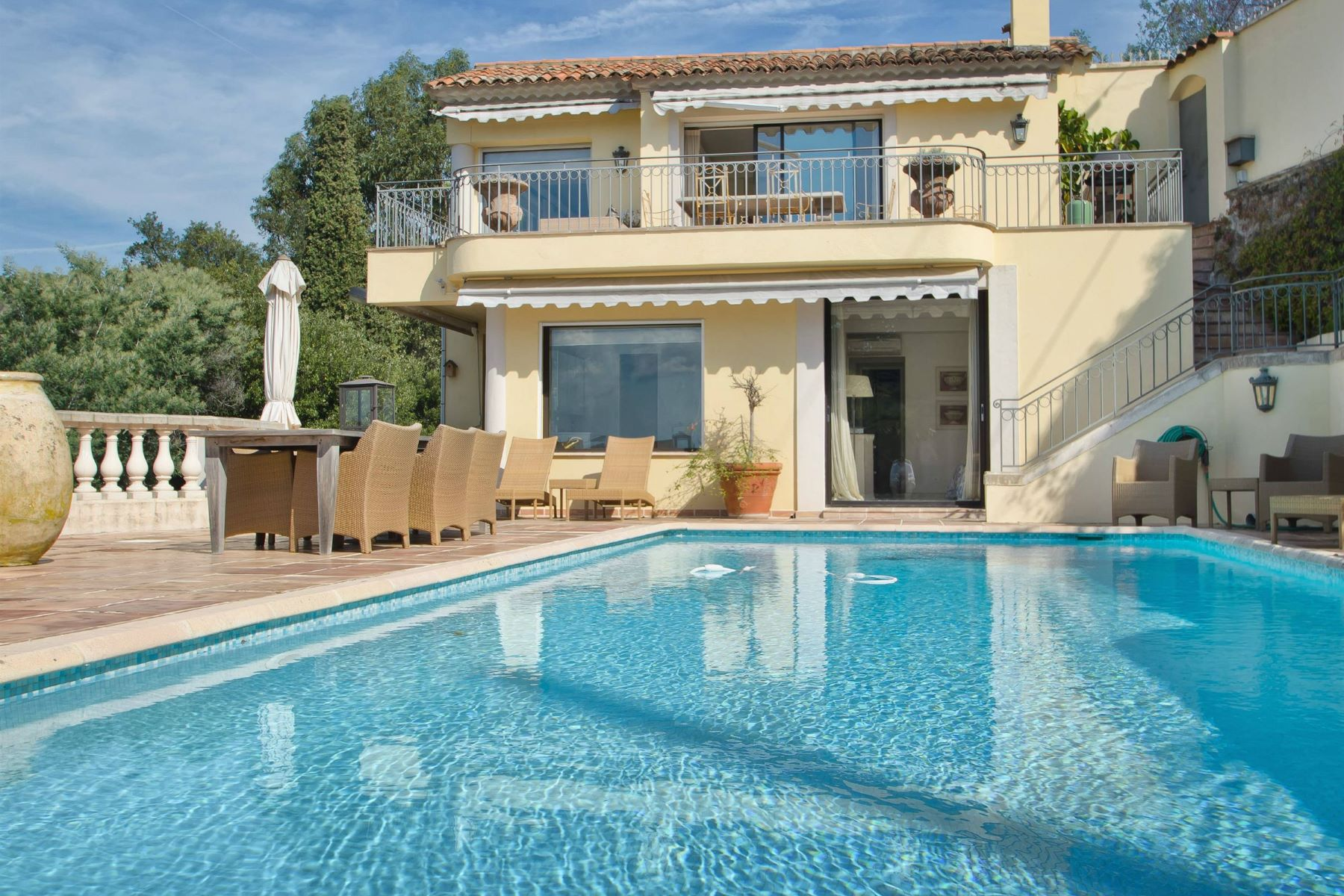 Single Family Home for Sale at Cannes Californie - beautiful sea view Cannes, Provence-Alpes-Cote D'Azur, 06400 France