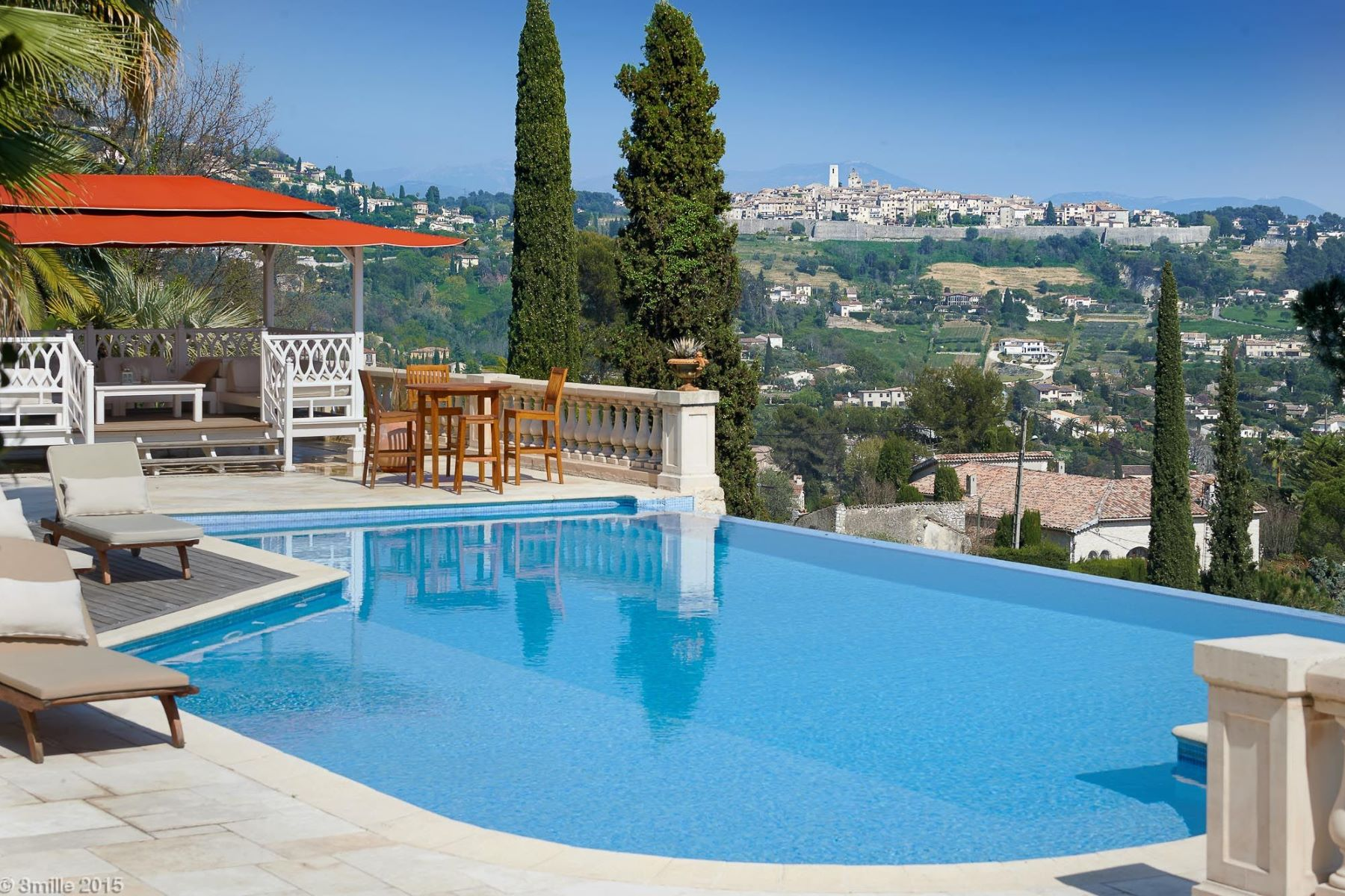 Single Family Home for Sale at Charming and authentic provencal estate in La Colle sur Loup - Sole agent La Colle Sur Loup, Provence-Alpes-Cote D'Azur 06480 France
