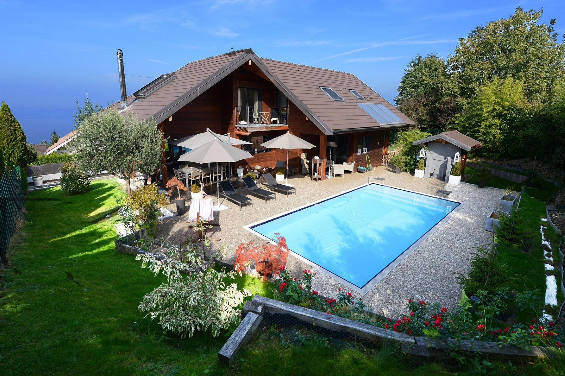 Single Family Home for Sale at EVIAN, Villa Evian Les Bains, Rhone-Alpes, 74500 France
