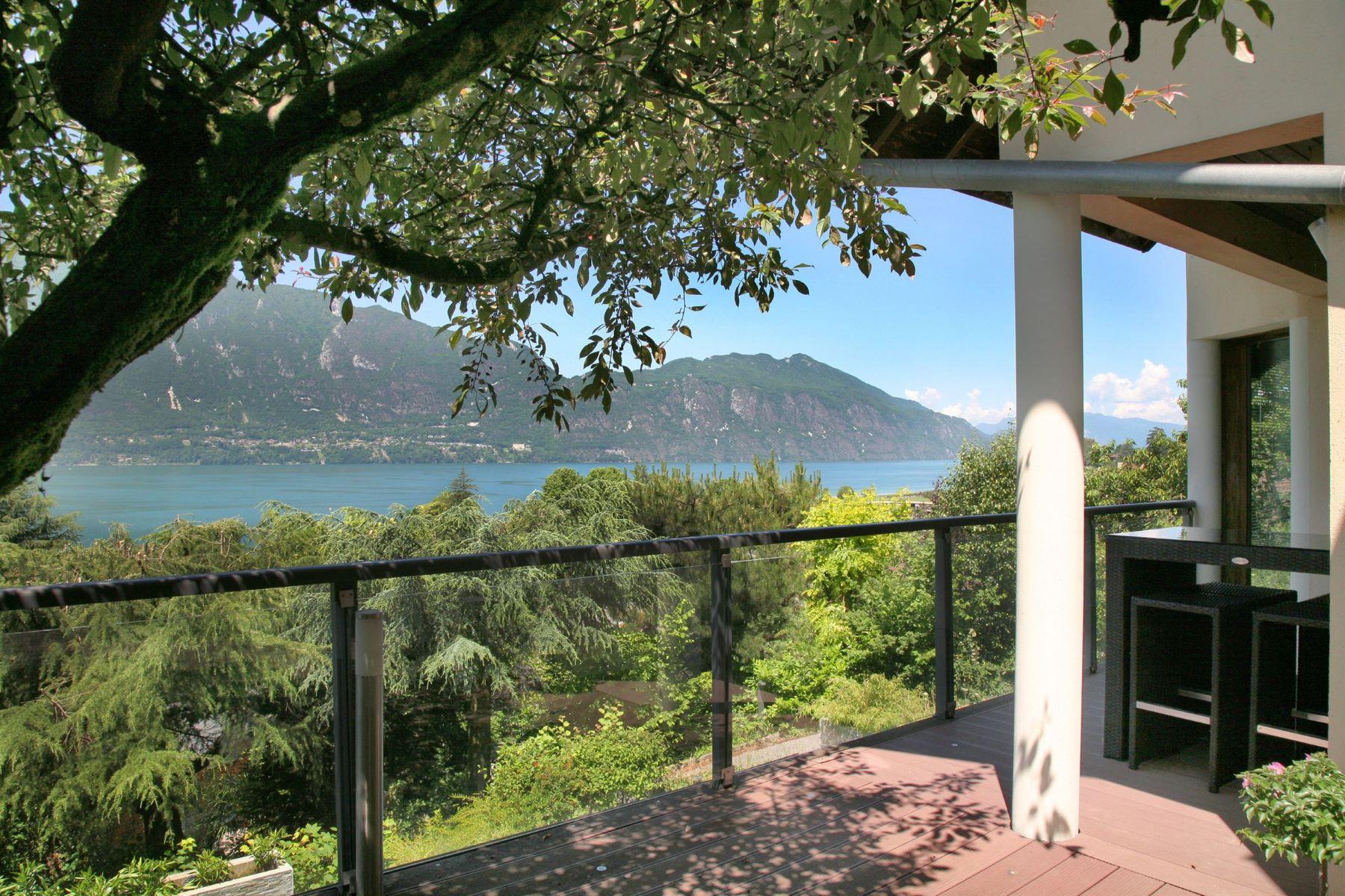 Частный односемейный дом для того Продажа на Tresserve - Large Architect Villa with fine Lake view Tresserve, Рона-Альпы, 73100 Франция