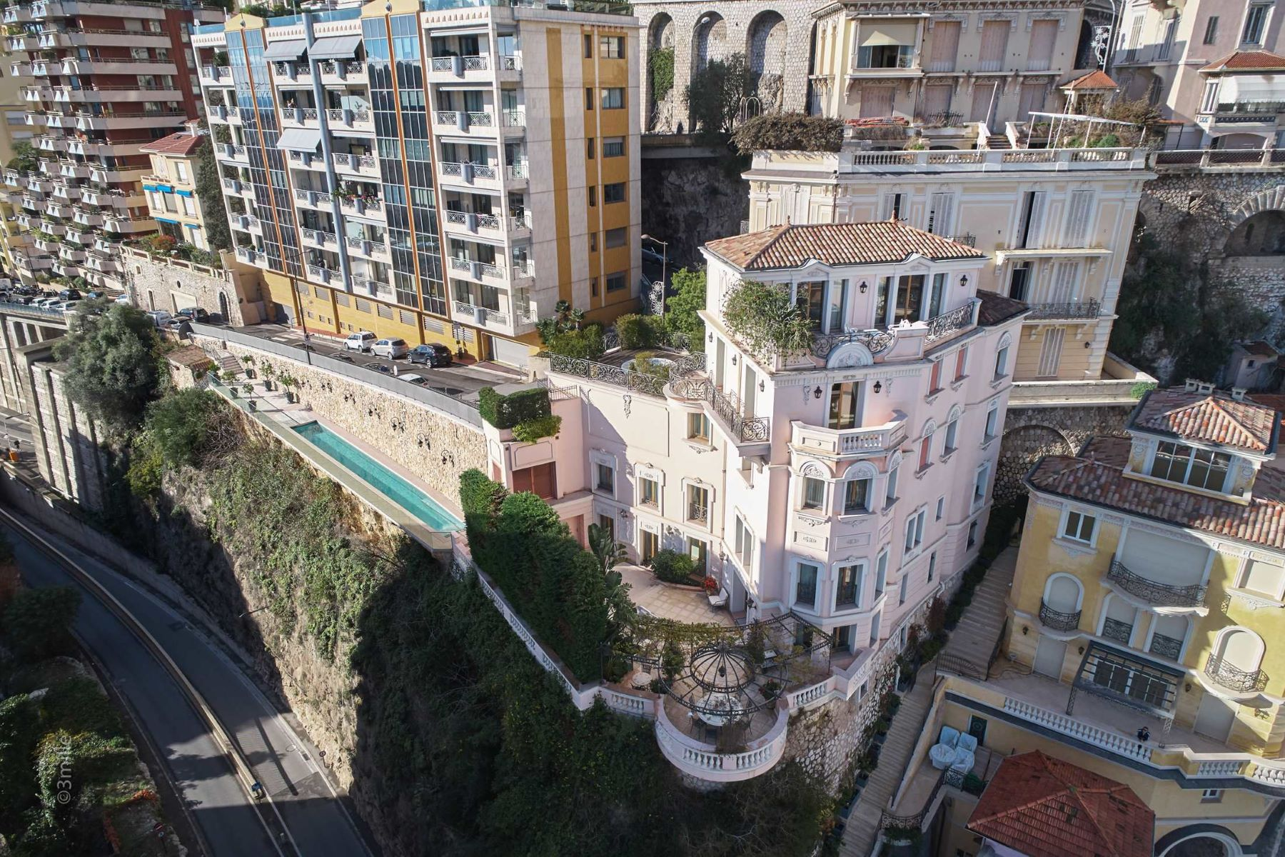 Additional photo for property listing at Exceptional Villa overlooking the Port.  Monaco, La Condamine 98000 Μονακό