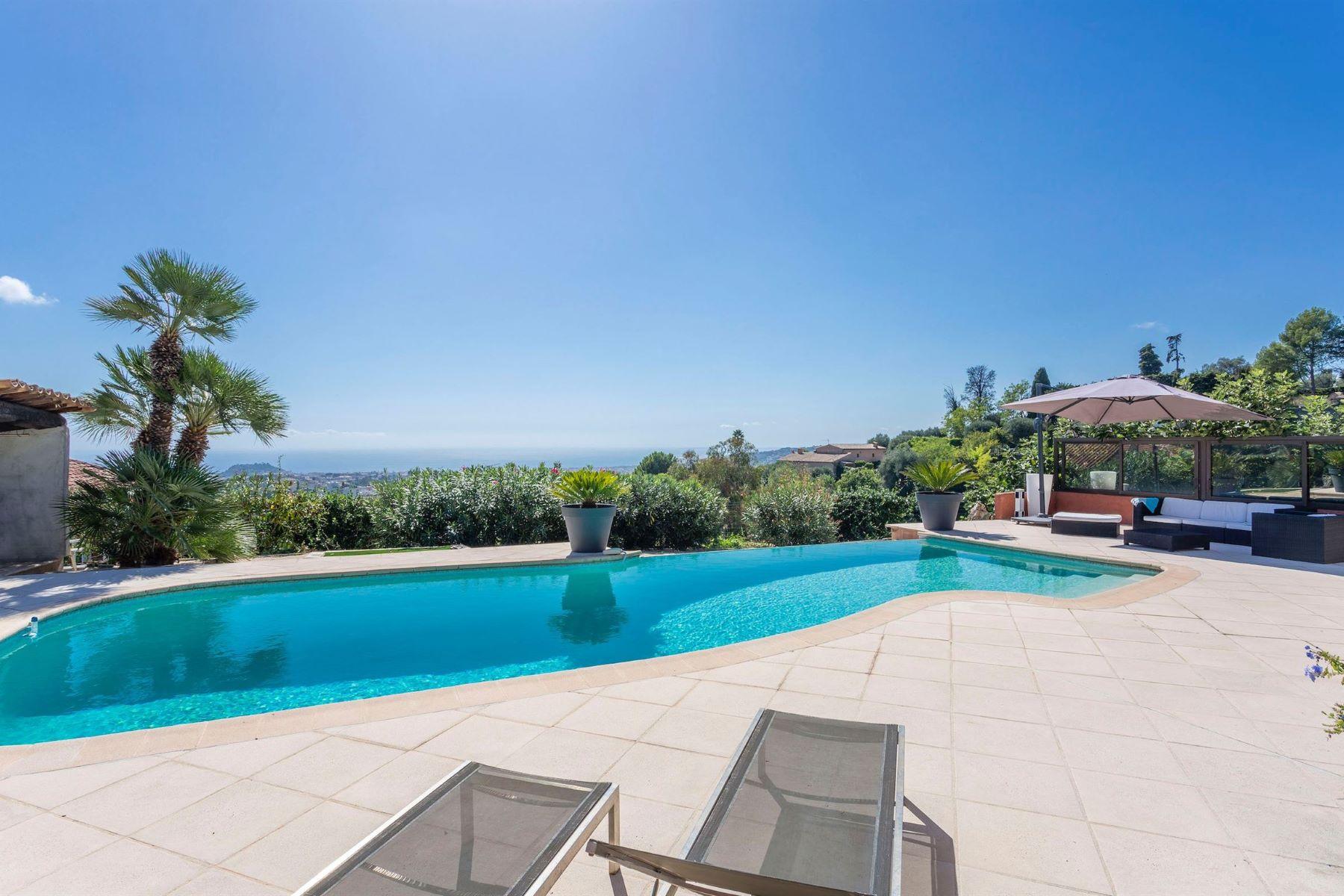 Single Family Homes por un Venta en For sale in Nice Rimiez, a charming house with Panoramic sea views Nice, Provincia - Alpes - Costa Azul 06000 Francia