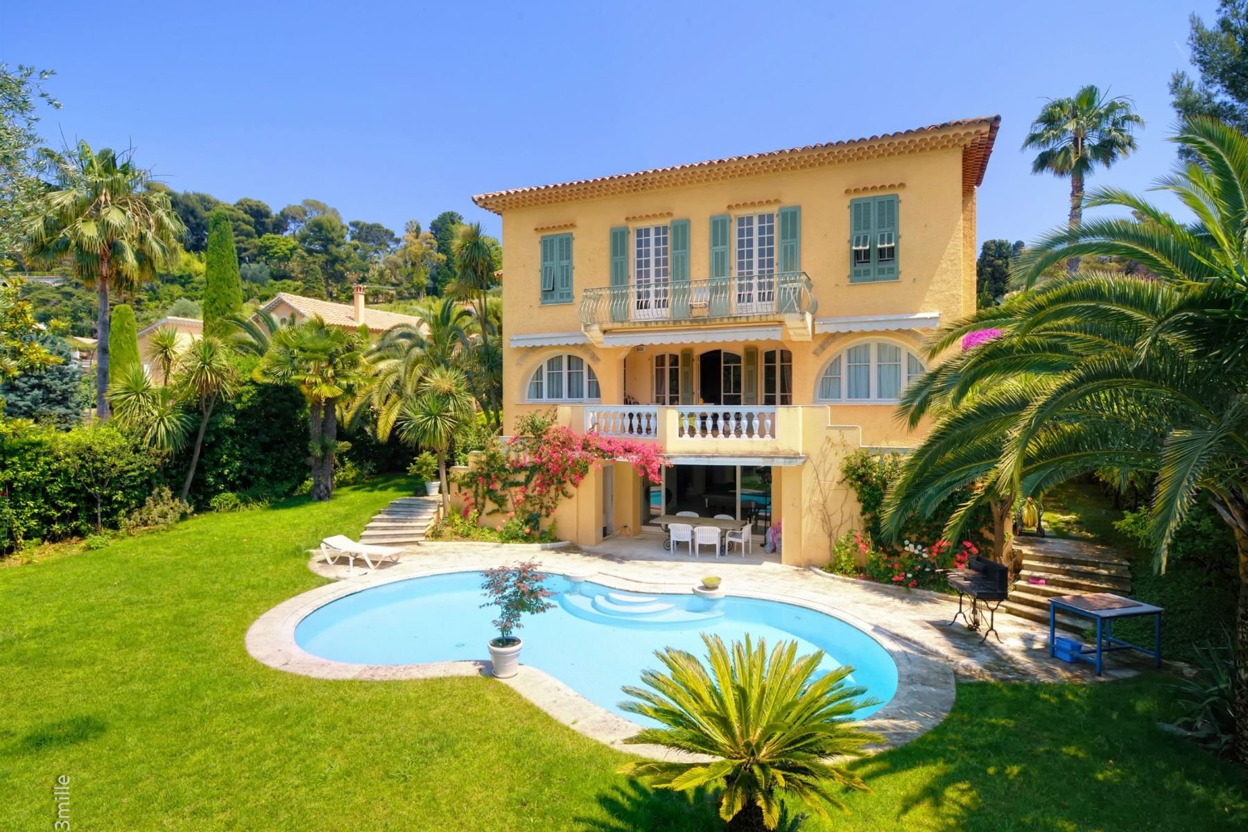sales property at Charming Villa for sale in a private domain, Cap Ferrat