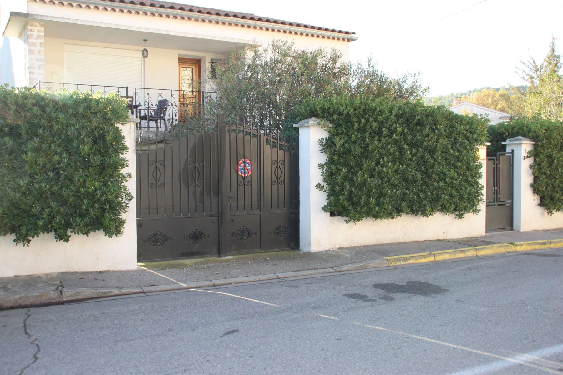 Single Family Home for Sale at AIX EN PROVENCE - PONT DE L'ARC Aix-En-Provence, Provence-Alpes-Cote D'Azur, 13090 France