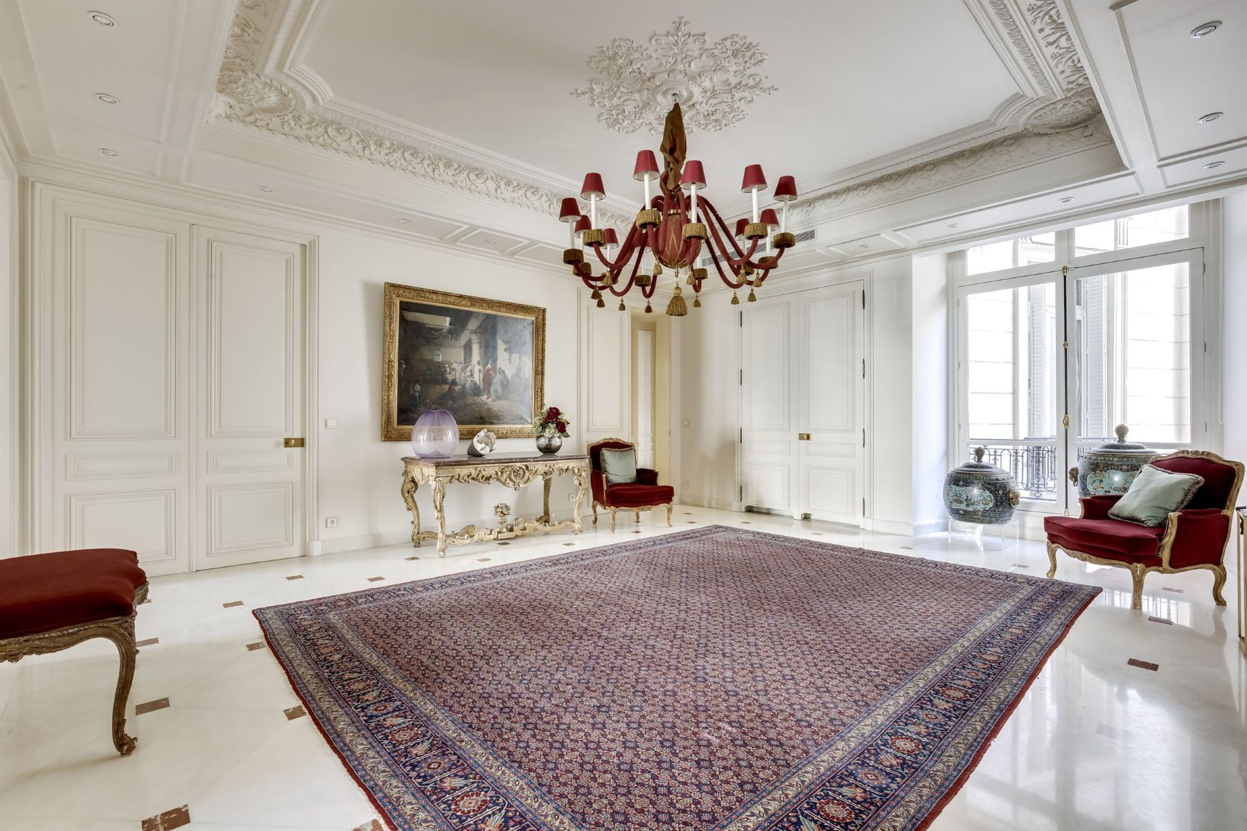 Apartment for Sale at Henri Martin Paris, Ile-De-France 75116 France