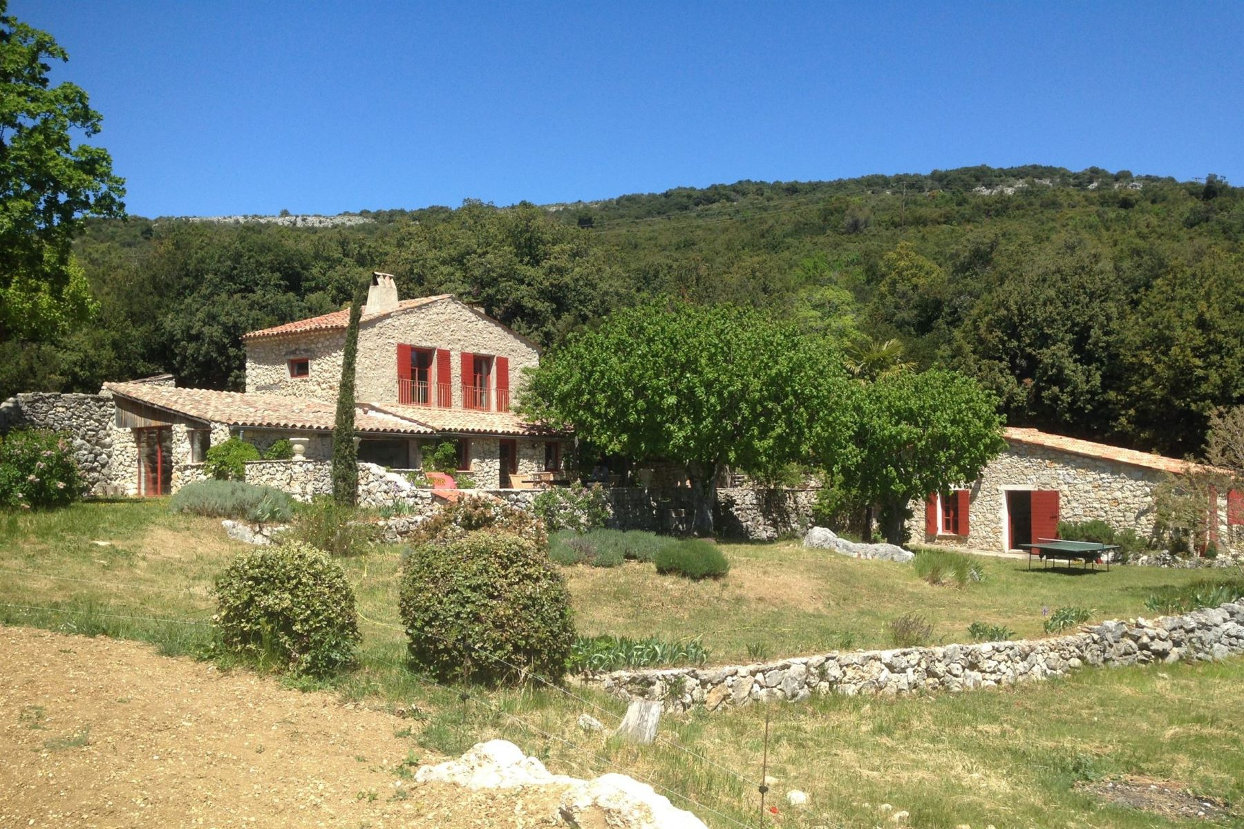 Single Family Homes por un Venta en Mons : Property 19th century with panoramic view Mons, Provincia - Alpes - Costa Azul 83440 Francia