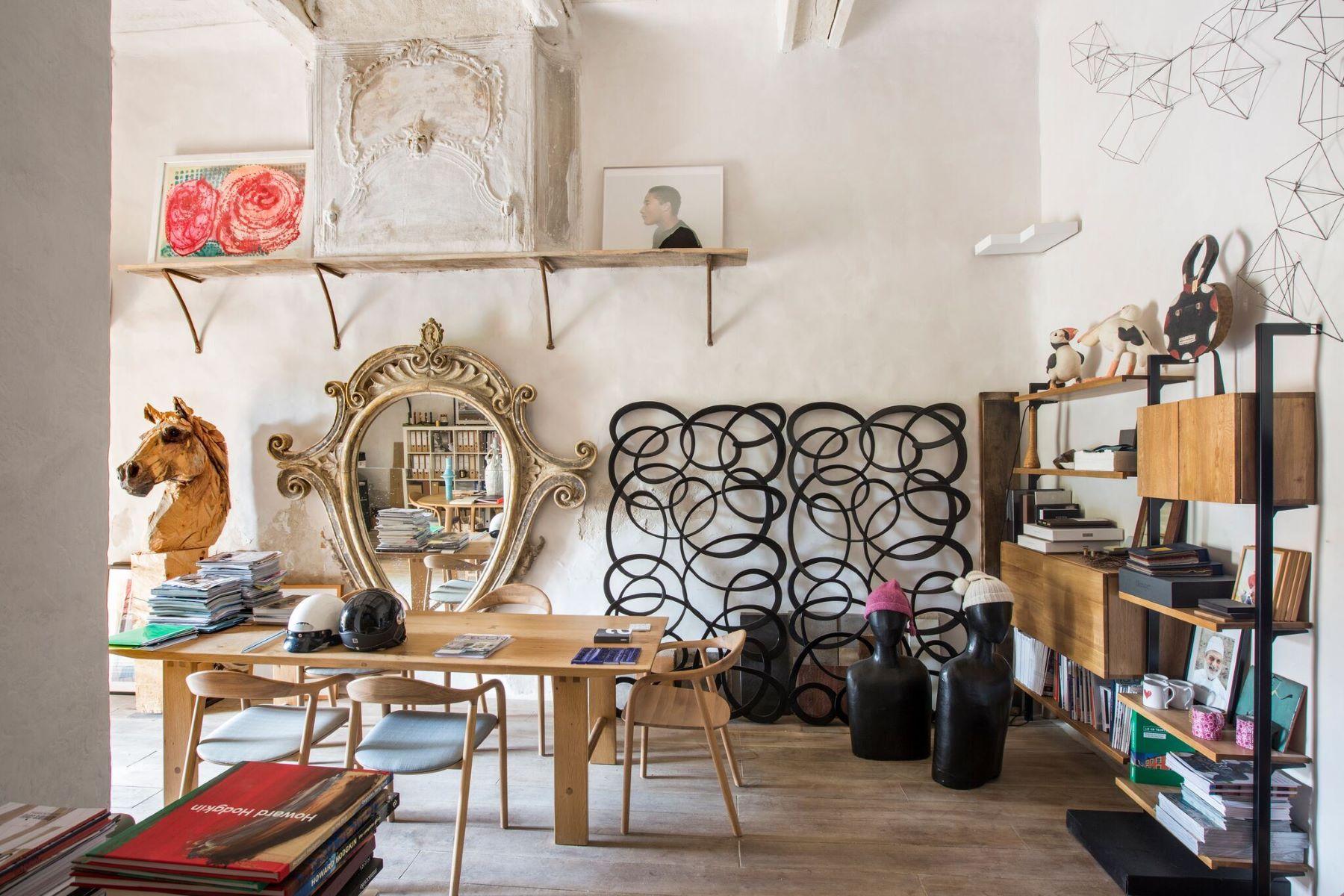 "Single Family Homes por un Venta en ""Le petit château"" of Ramatuelle Ramatuelle, Provincia - Alpes - Costa Azul 83350 Francia"