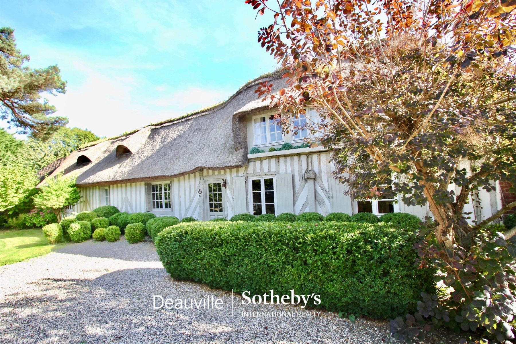 Single Family Homes por un Venta en Cottage Tourgeville, Baja Normandia 14800 Francia