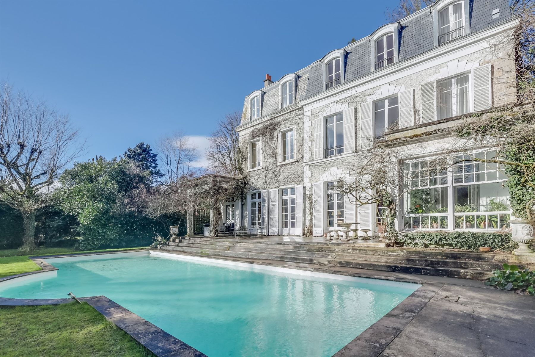Single Family Home for Sale at Prestigious dwelling for sale in Vaucresson Division Thery Vaucresson, Ile-De-France, 92420 France