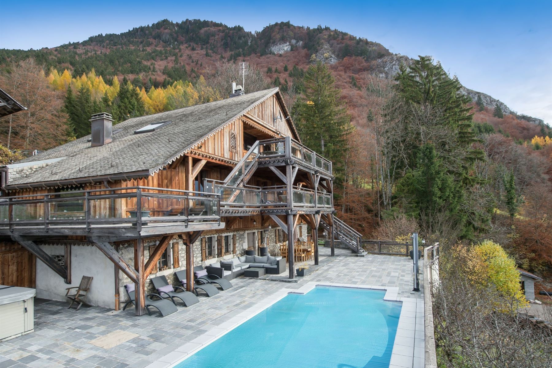 Single Family Home for Sale at House Chevenoz, Rhone-Alpes, 74500 France