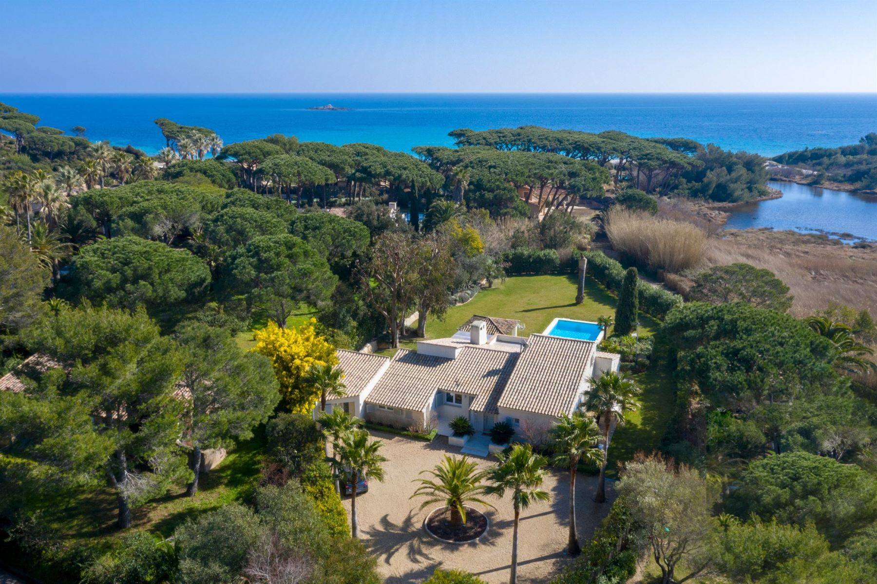 Single Family Home for Sale at For sale, beautiful remodeled home in a secured domain next to the beach Saint Tropez, Provence-Alpes-Cote D'Azur 83990 France
