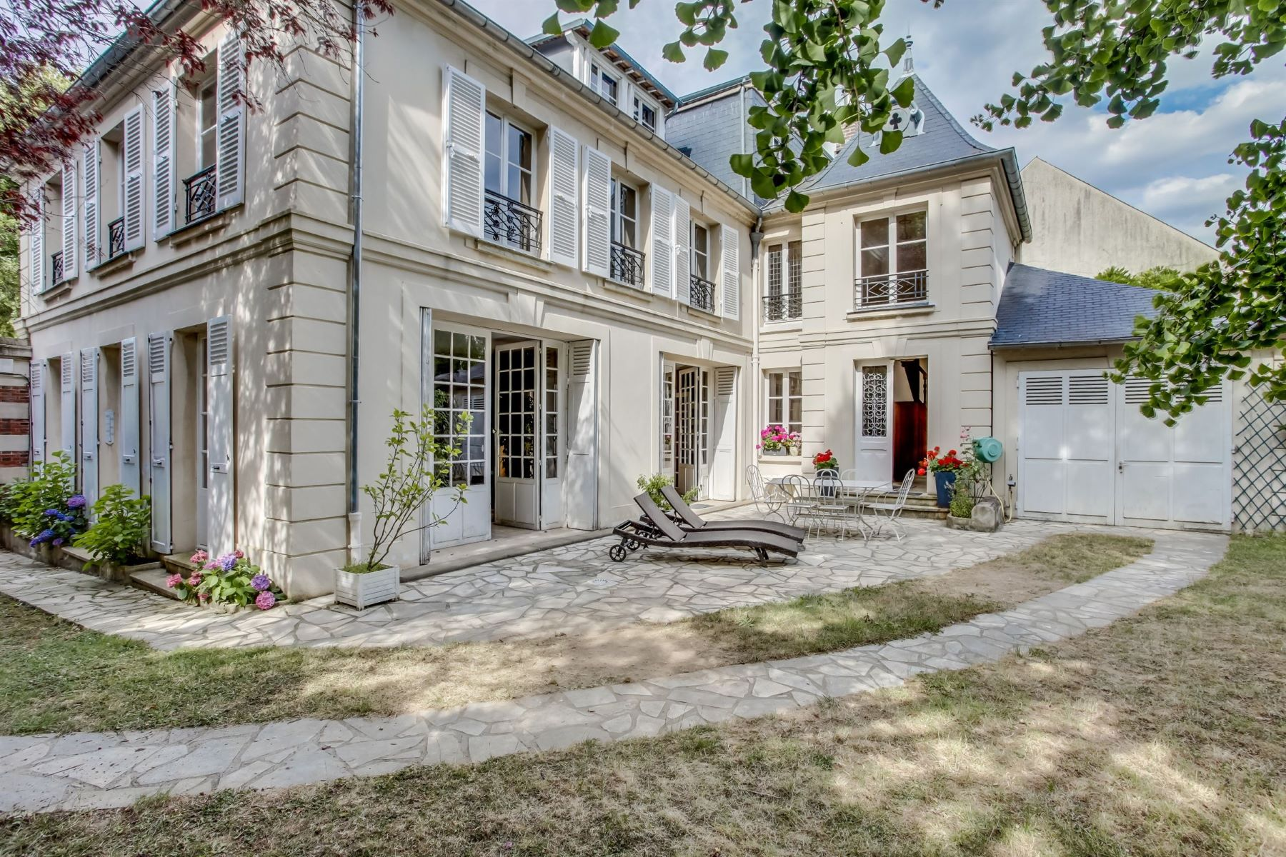 Single Family Home for Sale at Private Mansion facing full South for sale In Marnes-la-Coquette - Village Marnes La Coquette, Ile-De-France, 92430 France