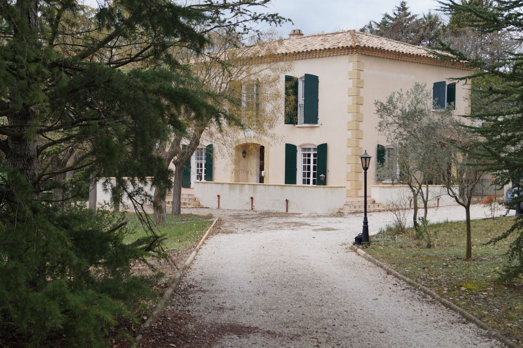Single Family Home for Sale at 15 MINUTES FROM AIX CENTER Aix-En-Provence, Provence-Alpes-Cote D'Azur, 13090 France