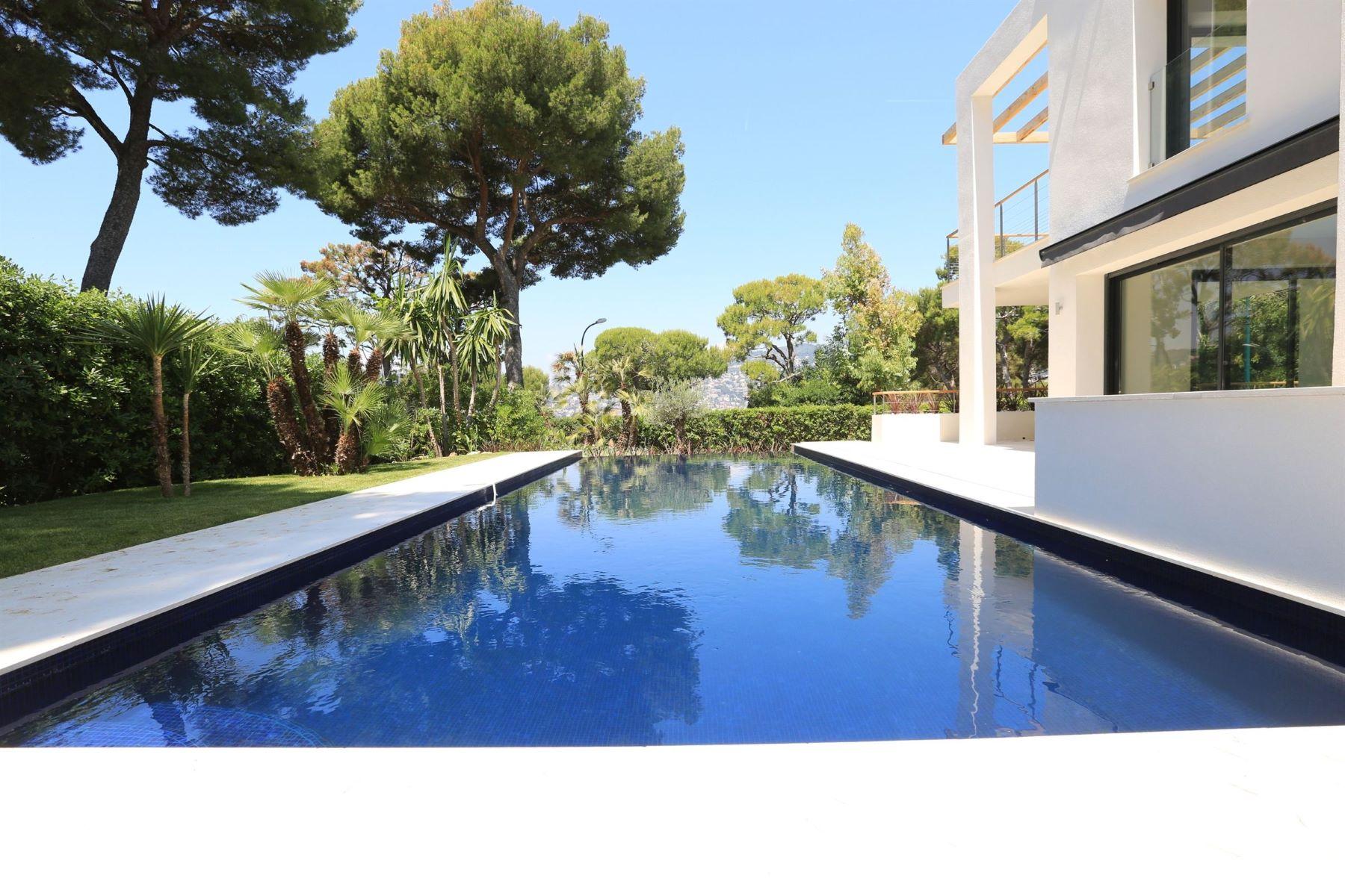 Single Family Homes por un Venta en Brand New Modern Villa for sale on Saint-Jean-Cap-Ferrat Saint Jean Cap Ferrat, Provincia - Alpes - Costa Azul 06230 Francia
