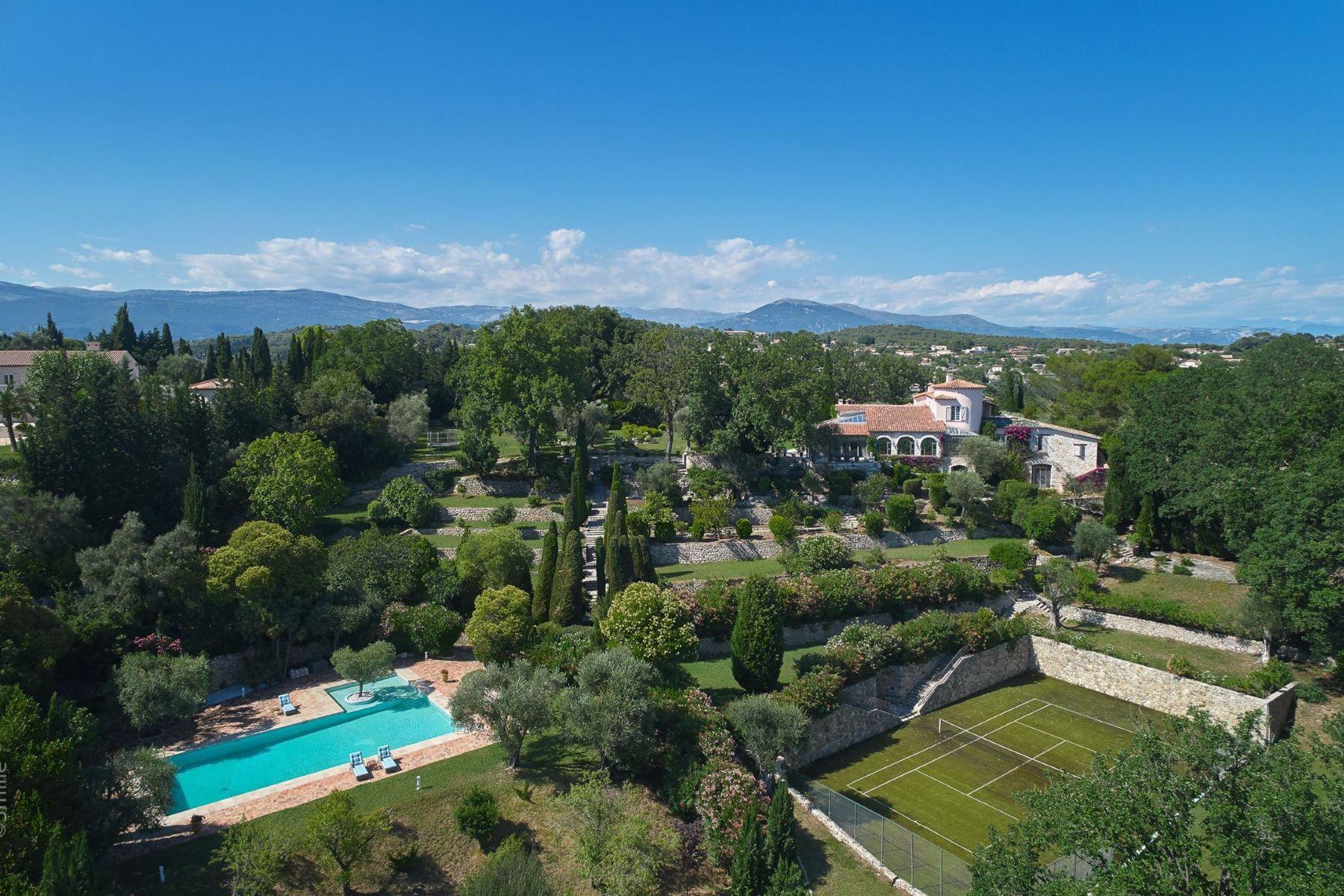 Single Family Homes por un Venta en Prestigious provençal property for sale in Mougins Mougins, Provincia - Alpes - Costa Azul 06250 Francia