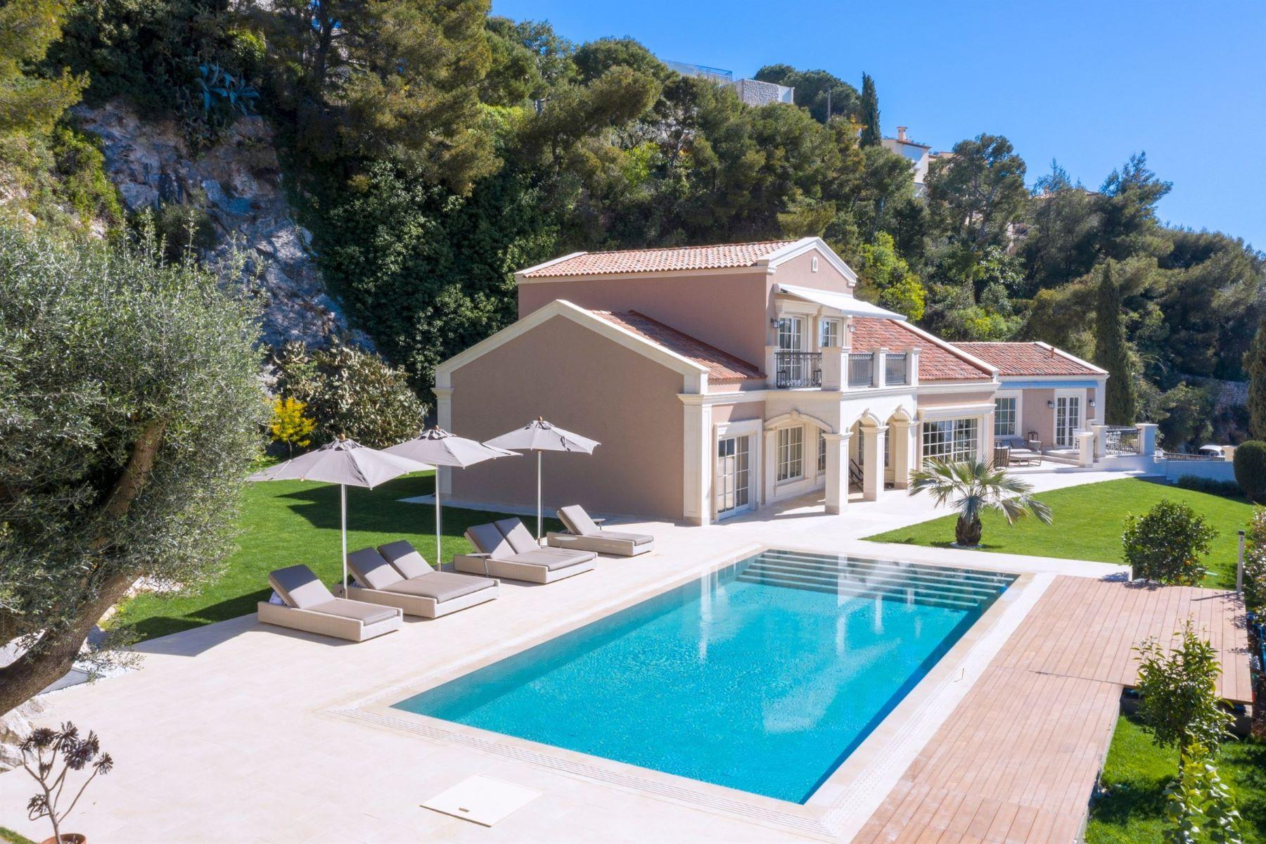 Single Family Homes por un Venta en Brand New Property facing Monaco Roquebrune Cap Martin, Provincia - Alpes - Costa Azul 06190 Francia