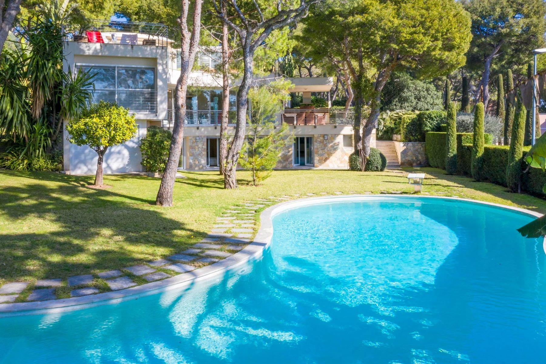 Single Family Homes por un Venta en Modern design villa on Saint-Jean-Cap-Ferrat close to the Grand Hotel Saint Jean Cap Ferrat, Provincia - Alpes - Costa Azul 06230 Francia