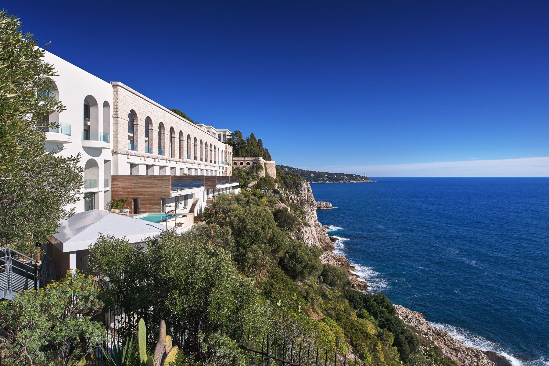 Apartments por un Venta en Within the iconic Palais Maeterlinck Nice, Provincia - Alpes - Costa Azul 06300 Francia