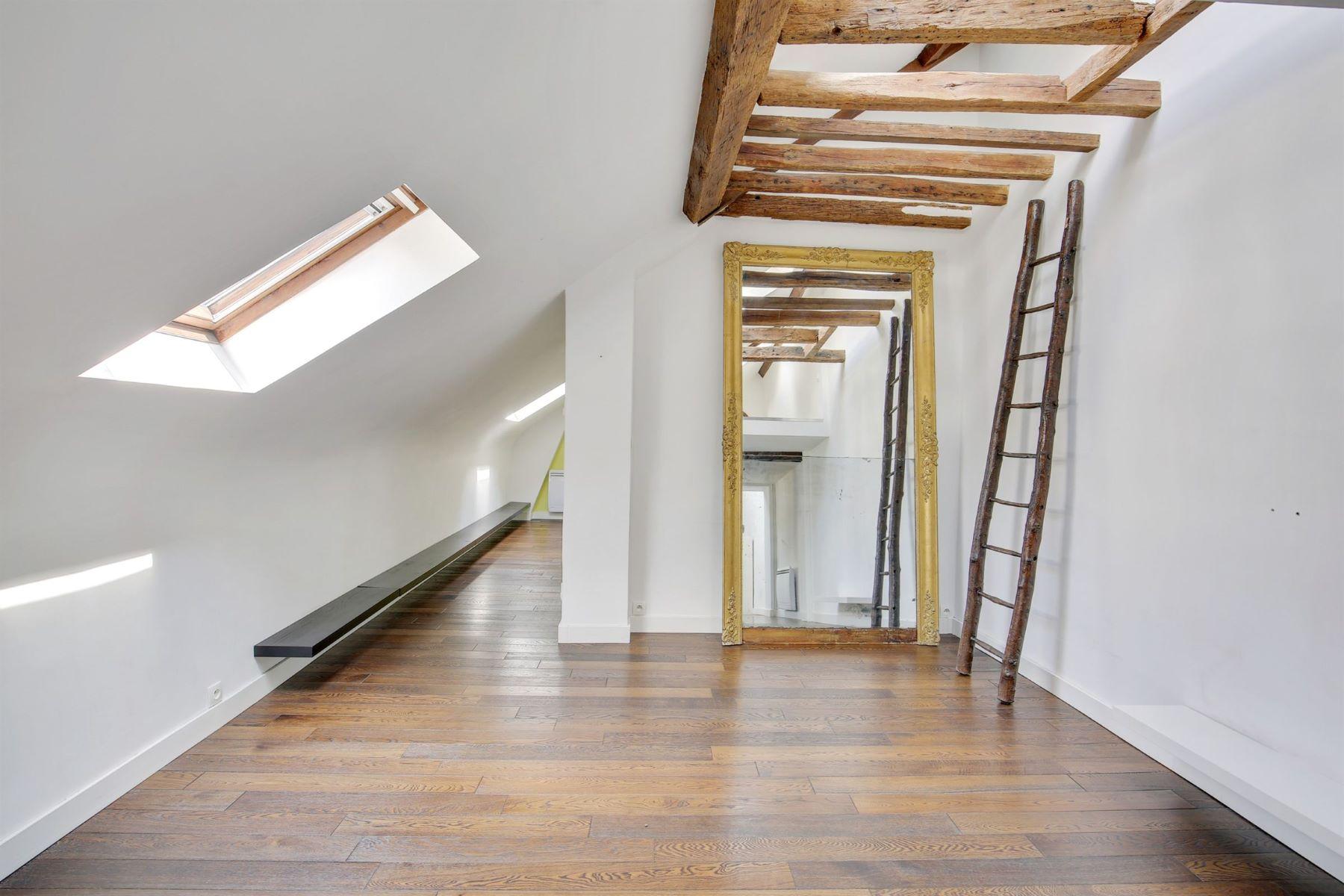 Apartments for Active at Prestigious apartment in Versailles - Down Centre Versailles, Ile-De-France 78000 France