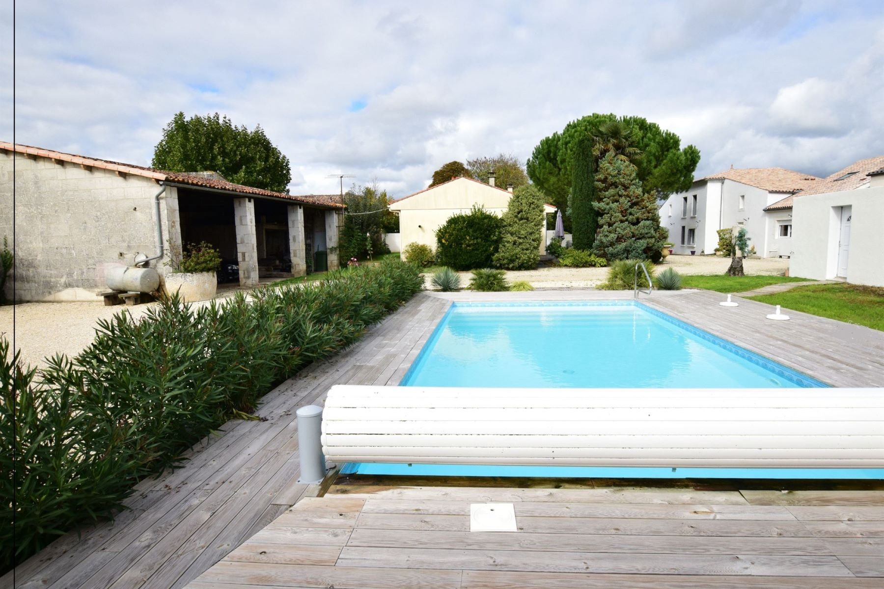 Single Family Home for Sale at Estuary of Gironde, housing estate Other Poitou-Charentes, Poitou-Charentes, 17240 France