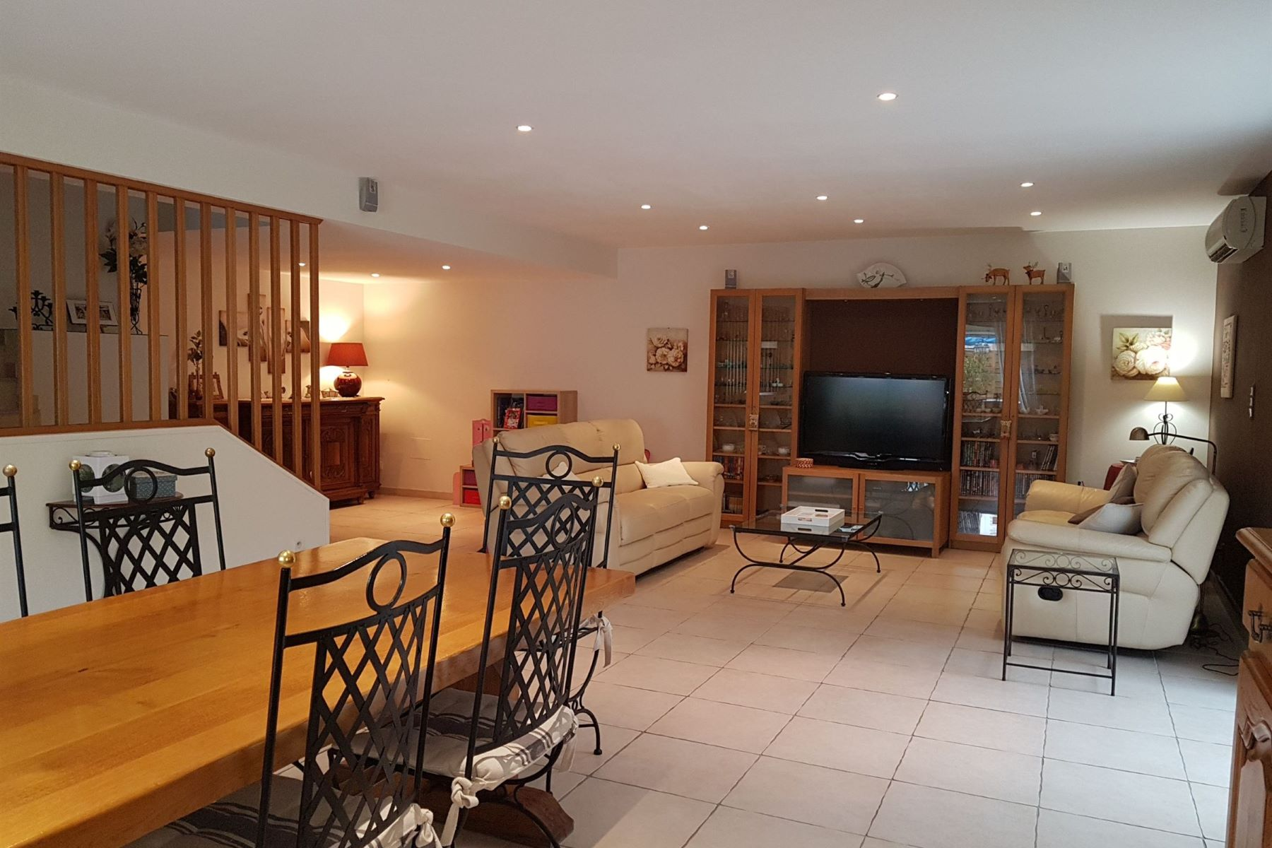 단독 가정 주택 용 매매 에 old wine cellar 5 bedrooms Pezenas, 랑그도크루시용주, 34120 프랑스