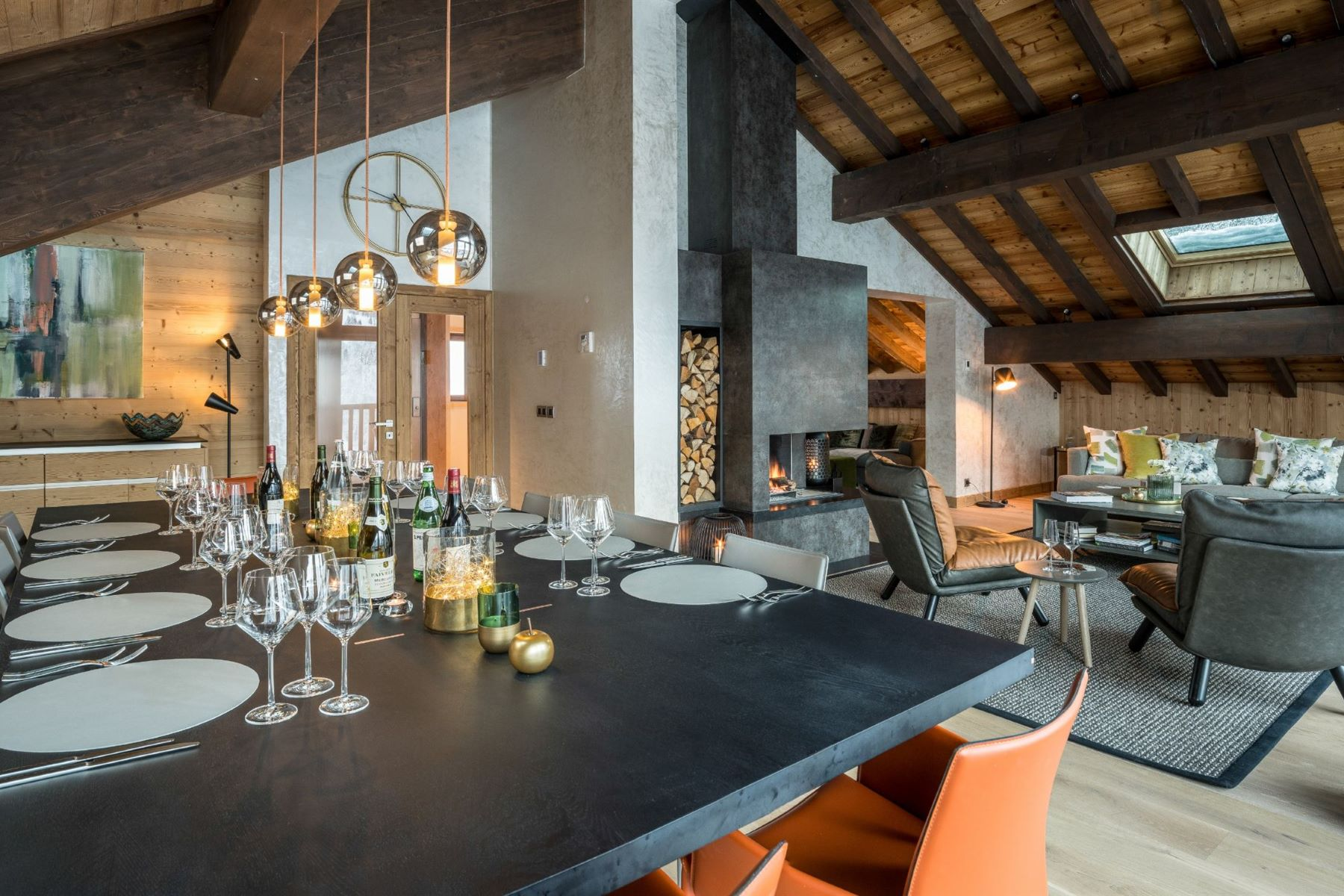 Additional photo for property listing at Luxury ski in chalet - catered  Meribel, Rhone-Alpes 73550 프랑스