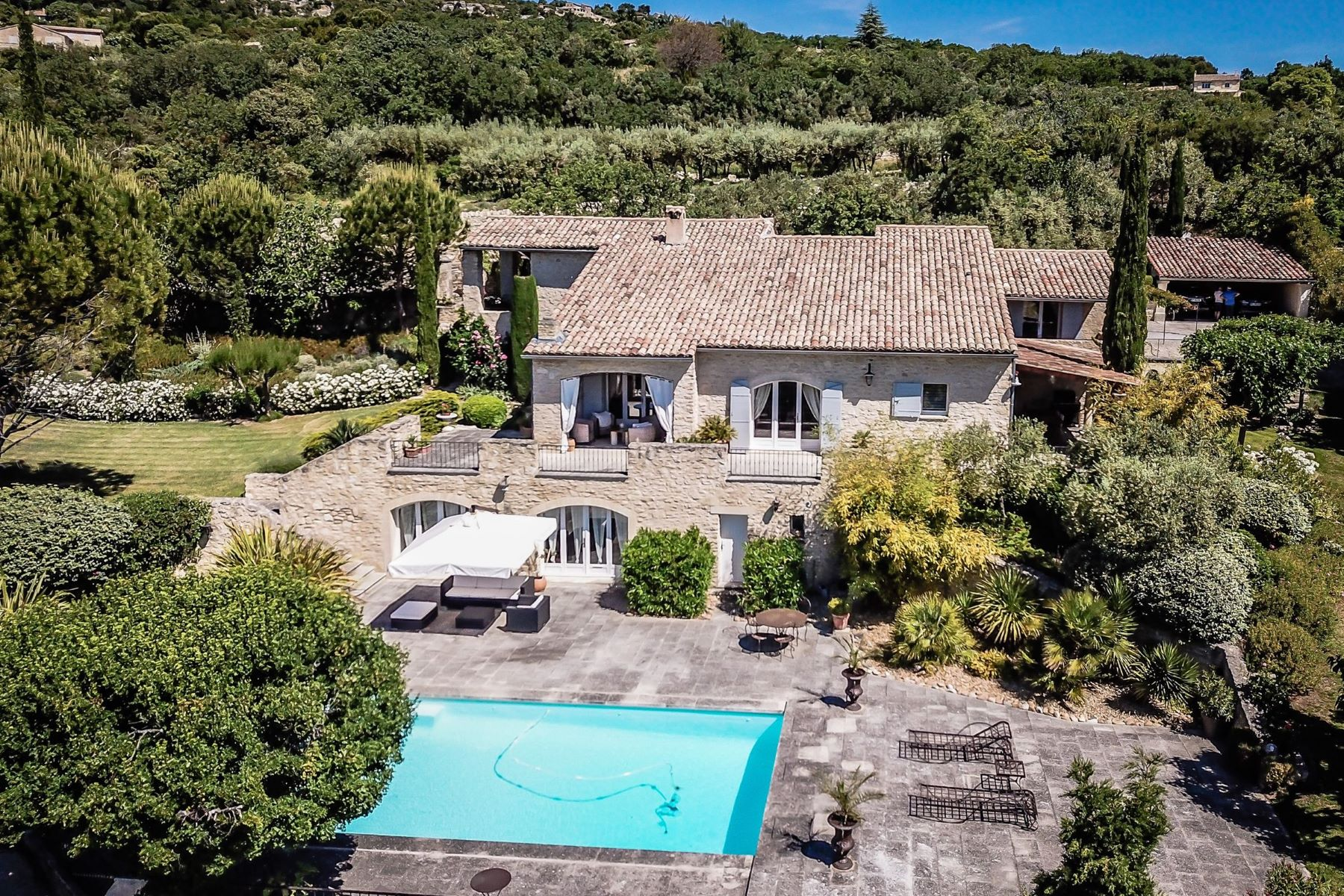 Single Family Homes por un Venta en Live in Gordes Gordes, Provincia - Alpes - Costa Azul 84220 Francia