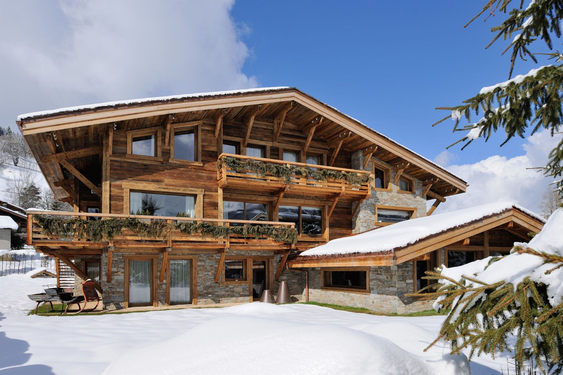 Single Family Homes for Sale at Luxury chalet with indoor pool - Megève French Alps Megeve, Rhone-Alpes 74120 France