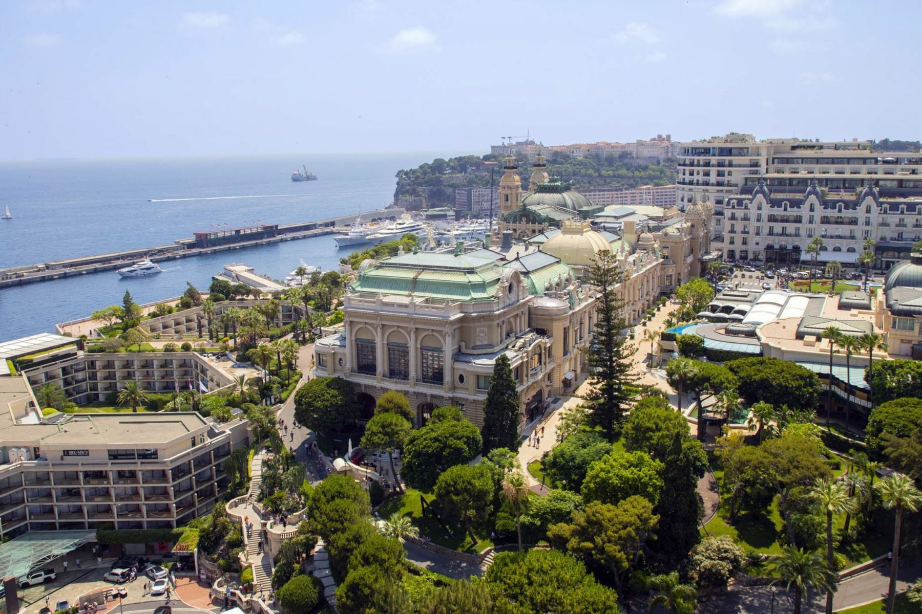Apartments for Sale at The Mirabeau, Spacious family apartment with panoramic views Monaco, La Condamine 98000 Monaco