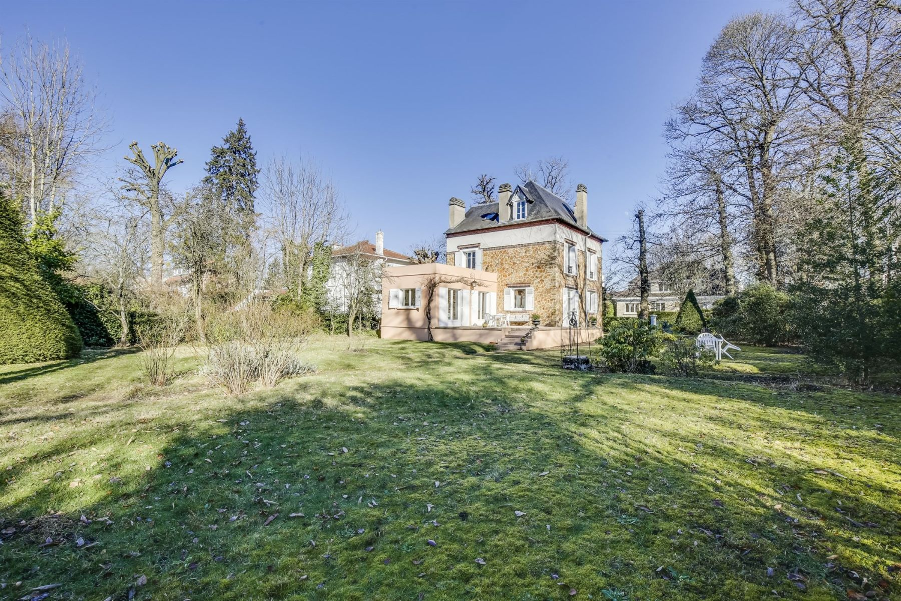 Single Family Homes for Active at Luxury mansion in Vaucresson - Plateau Thery Vaucresson, Ile-De-France 92420 France