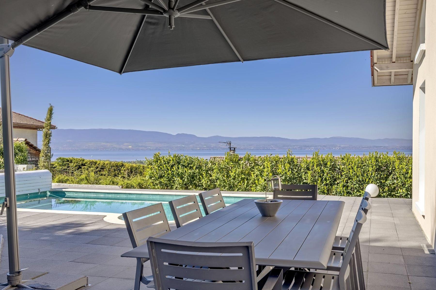 独户住宅 为 销售 在 Evian DOUBLE house view on the lake Publier, Rhone-Alpes, 74500 法国