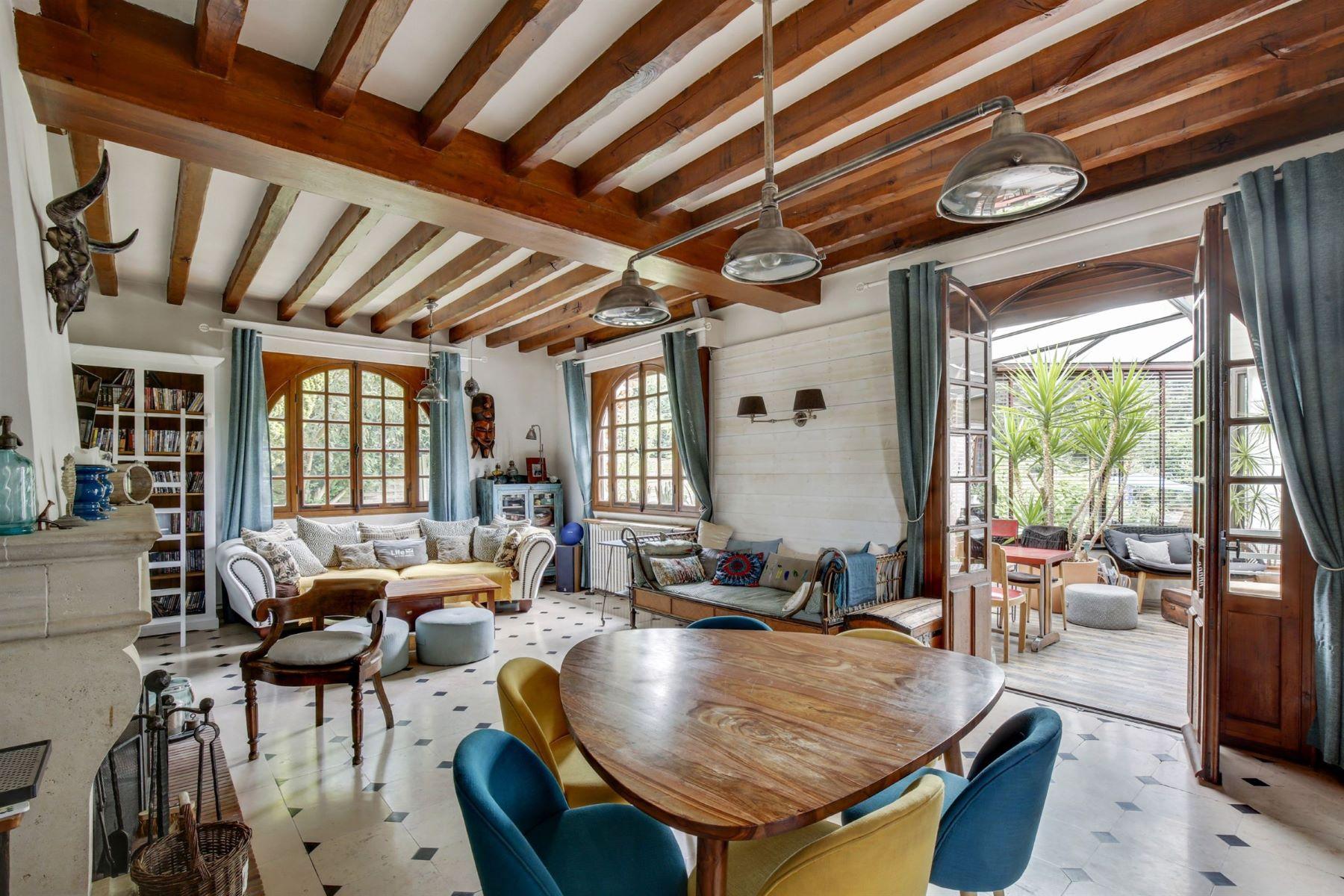 Single Family Homes for Active at Prestigious mansion in Bazoche sur Guyonne Bazoches Sur Guyonne, Ile-De-France 78490 France