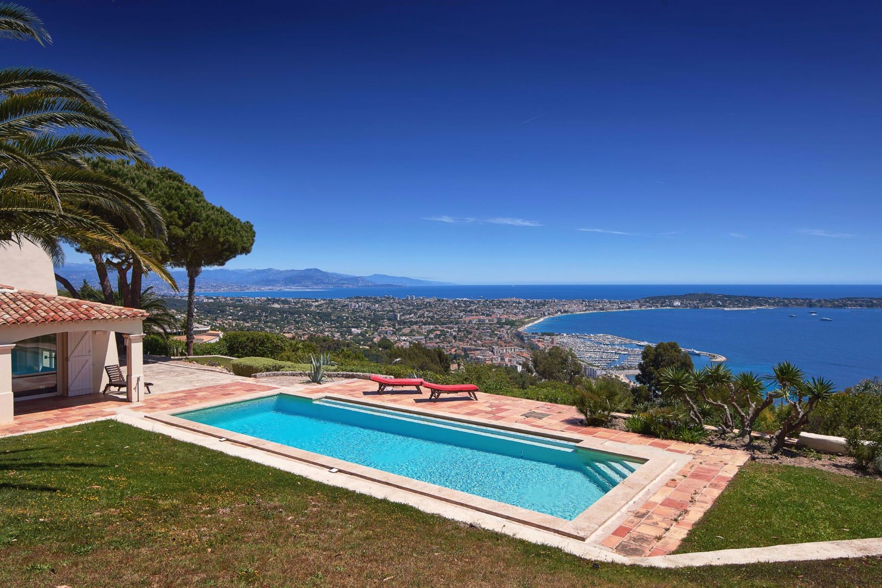 Single Family Home for Rent at Luxury rentals - villa with sea views - Super-Cannes Golfe Juan, Provence-Alpes-Cote D'Azur 06220 France