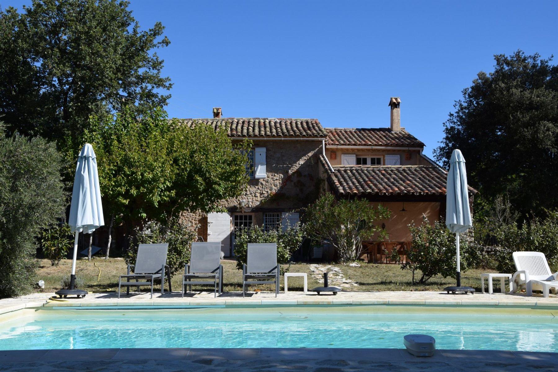 Single Family Homes por un Venta en Exclusive: Authentic Mas from the 18th century Fox Amphoux, Provincia - Alpes - Costa Azul 83670 Francia
