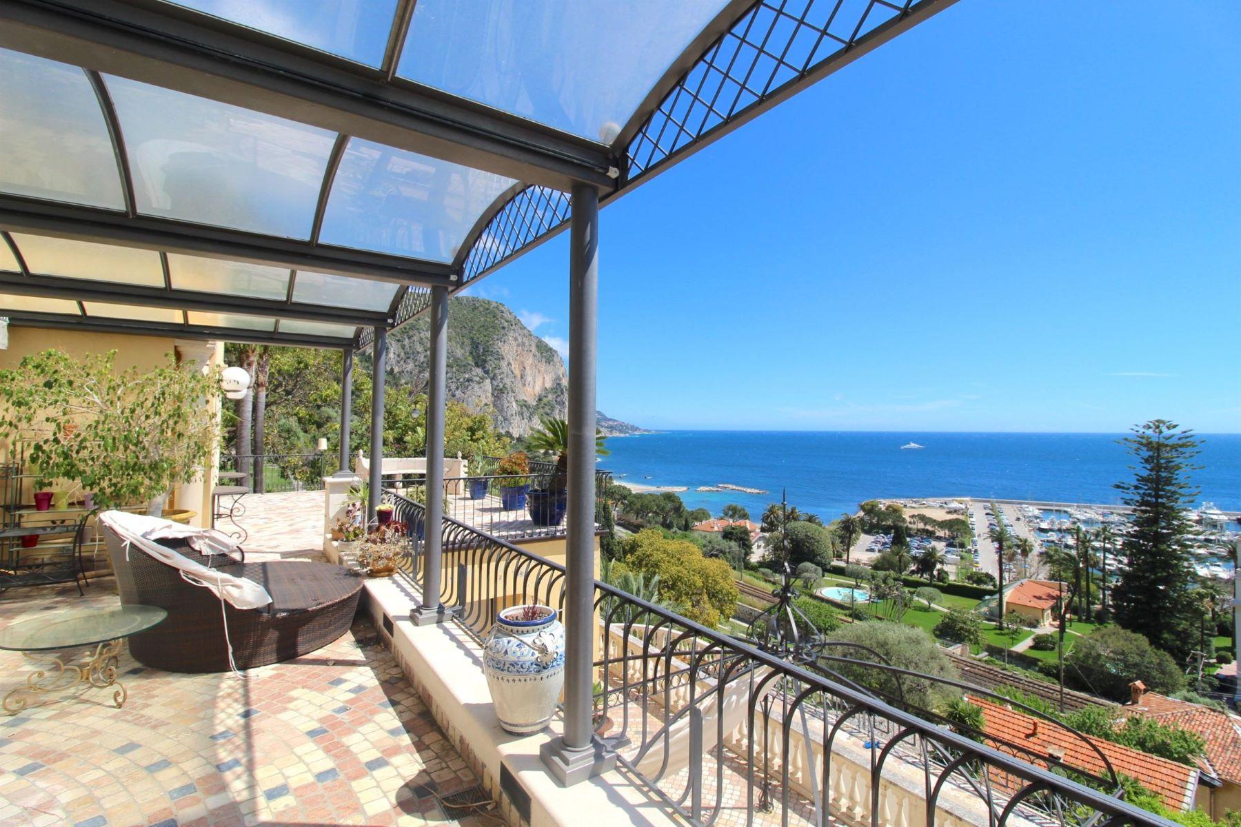 Single Family Homes por un Venta en Magnificient neo-provencal style property - Beaulieu sur Mer Beaulieu Sur Mer, Provincia - Alpes - Costa Azul 06310 Francia