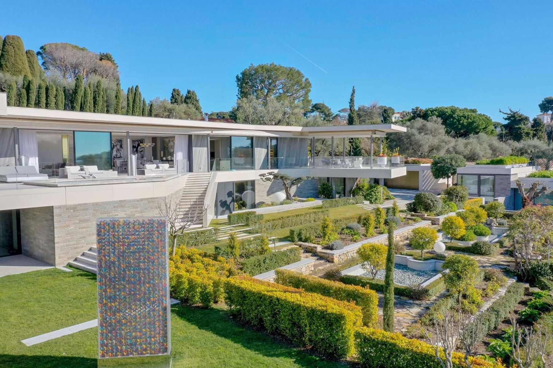 Single Family Home for Sale at For sale in the heart of the Cap D'Antibes a luxurious contemporary villa Cap D'Antibes, Provence-Alpes-Cote D'Azur 06160 France