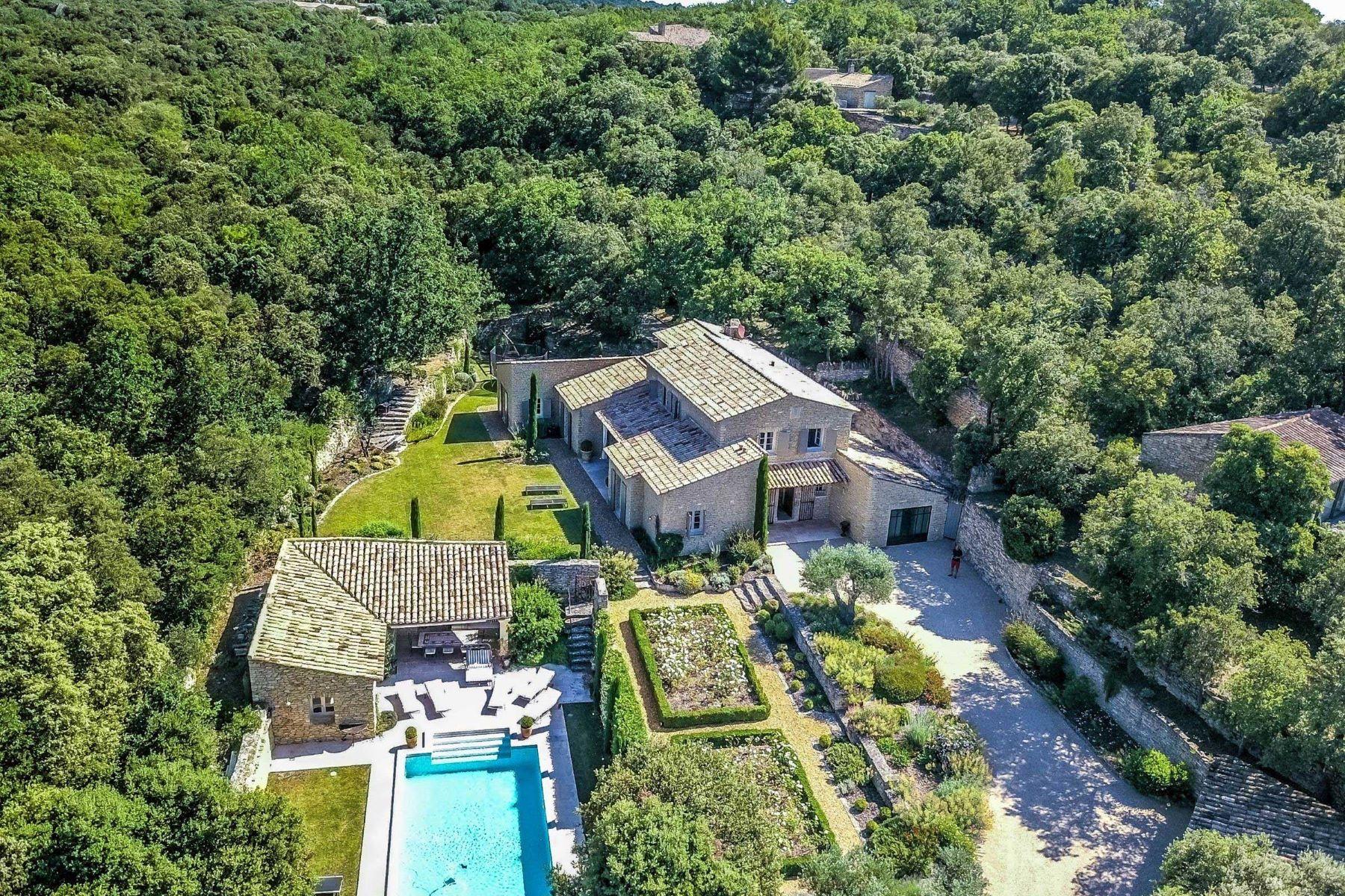 Single Family Homes por un Venta en Property for sale in Gordes in the Luberon Gordes, Provincia - Alpes - Costa Azul 84220 Francia