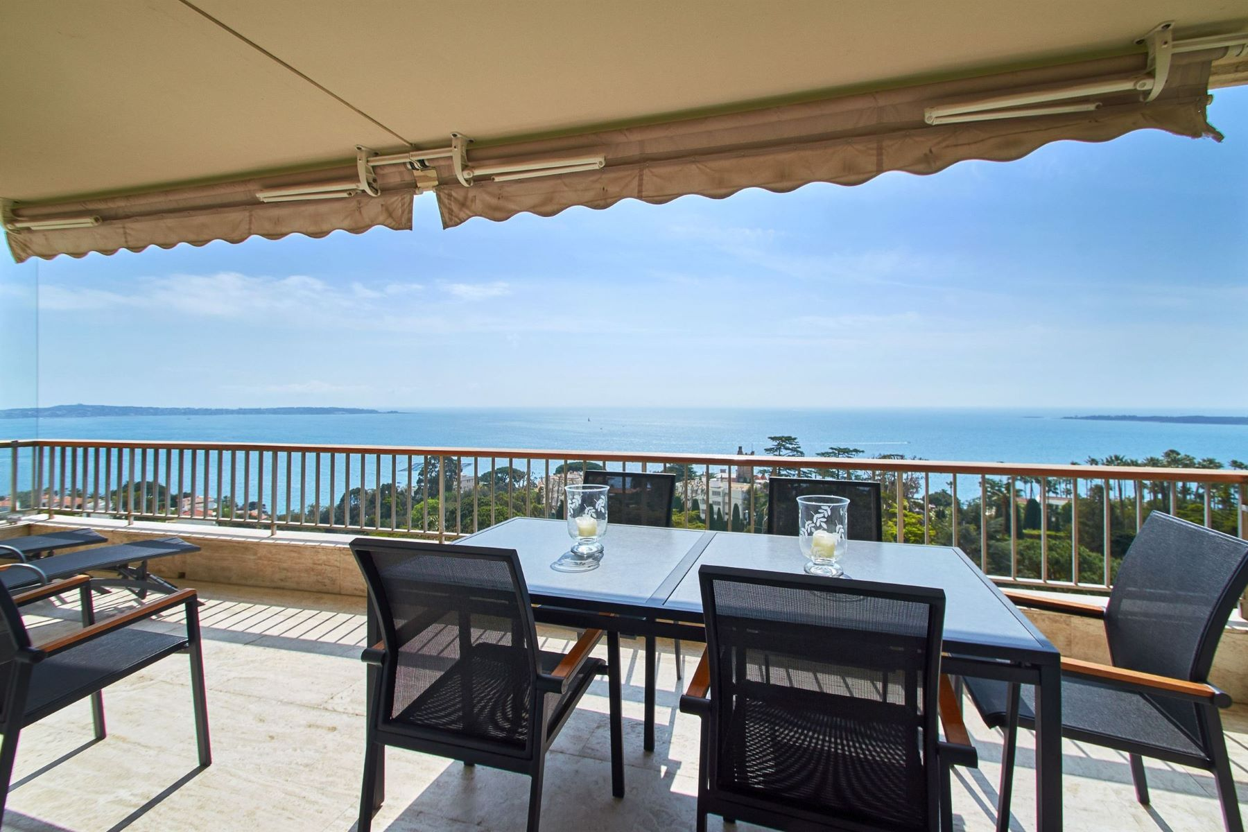 Apartment for Sale at 2 beds Apartment for sale in Cannes Californie - panoramic sea views Cannes, Provence-Alpes-Cote D'Azur 06400 France