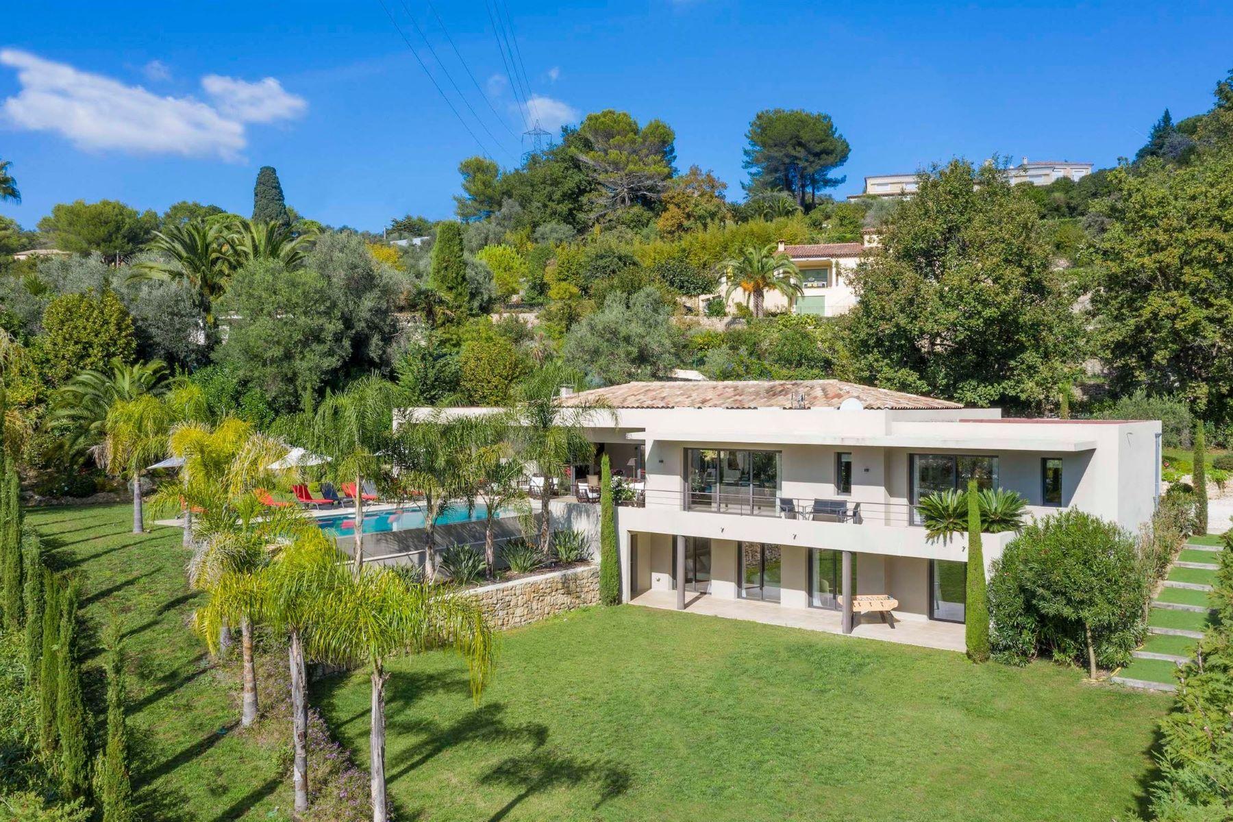 Single Family Homes por un Venta en Contemporary villa in Mougins Mougins, Provincia - Alpes - Costa Azul 06250 Francia