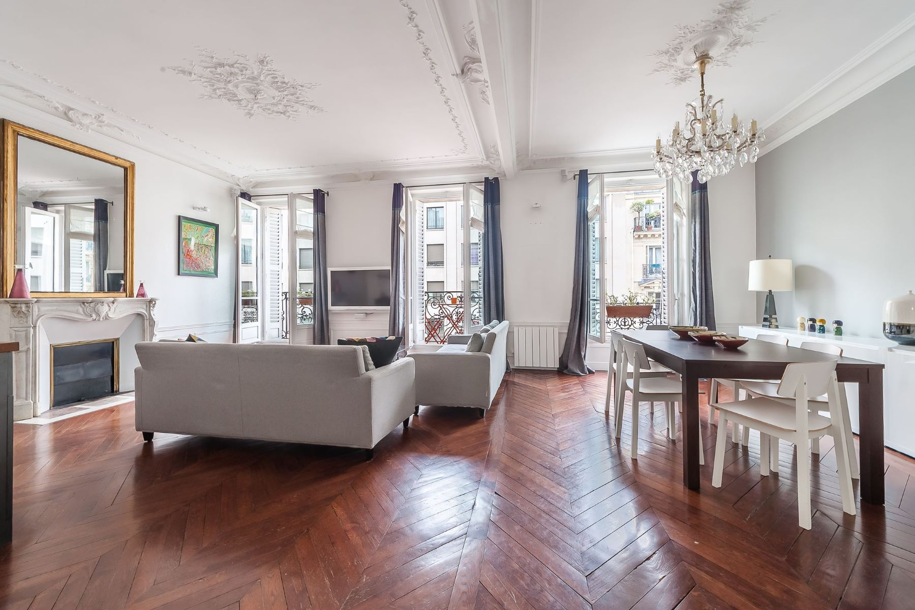 Apartment for Sale at Saint-Germain-des-Prés Paris, Ile-De-France, 75006 France