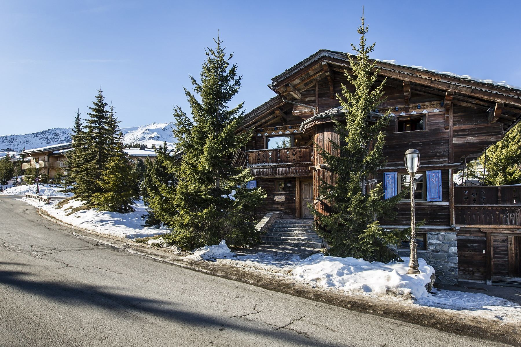 Single Family Home for Rent at Chalet for rent in Courchevel Aiguille du Fruit Courchevel, Rhone-Alpes, 73120 France