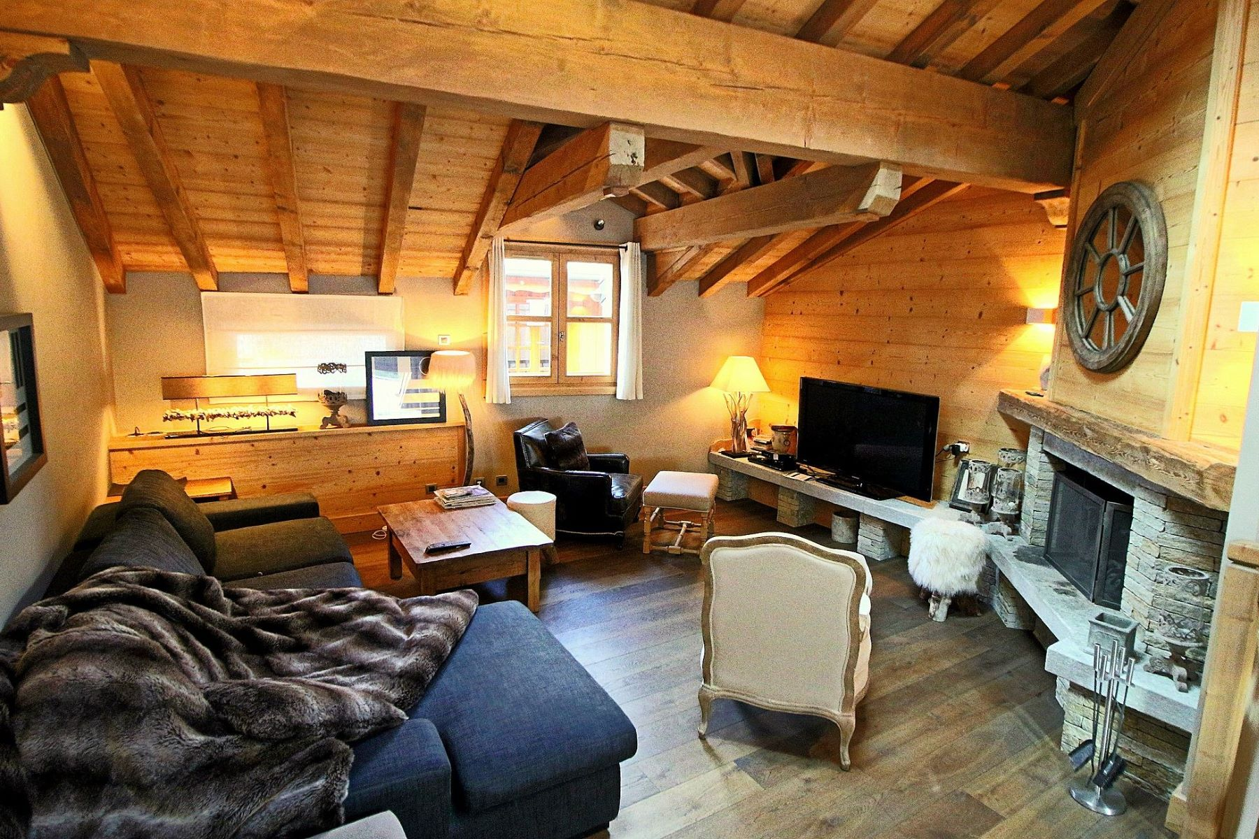 Adosado por un Venta en Village house Chalet Le Praz Courchevel Courchevel, Ródano-Alpes, 73120 Francia