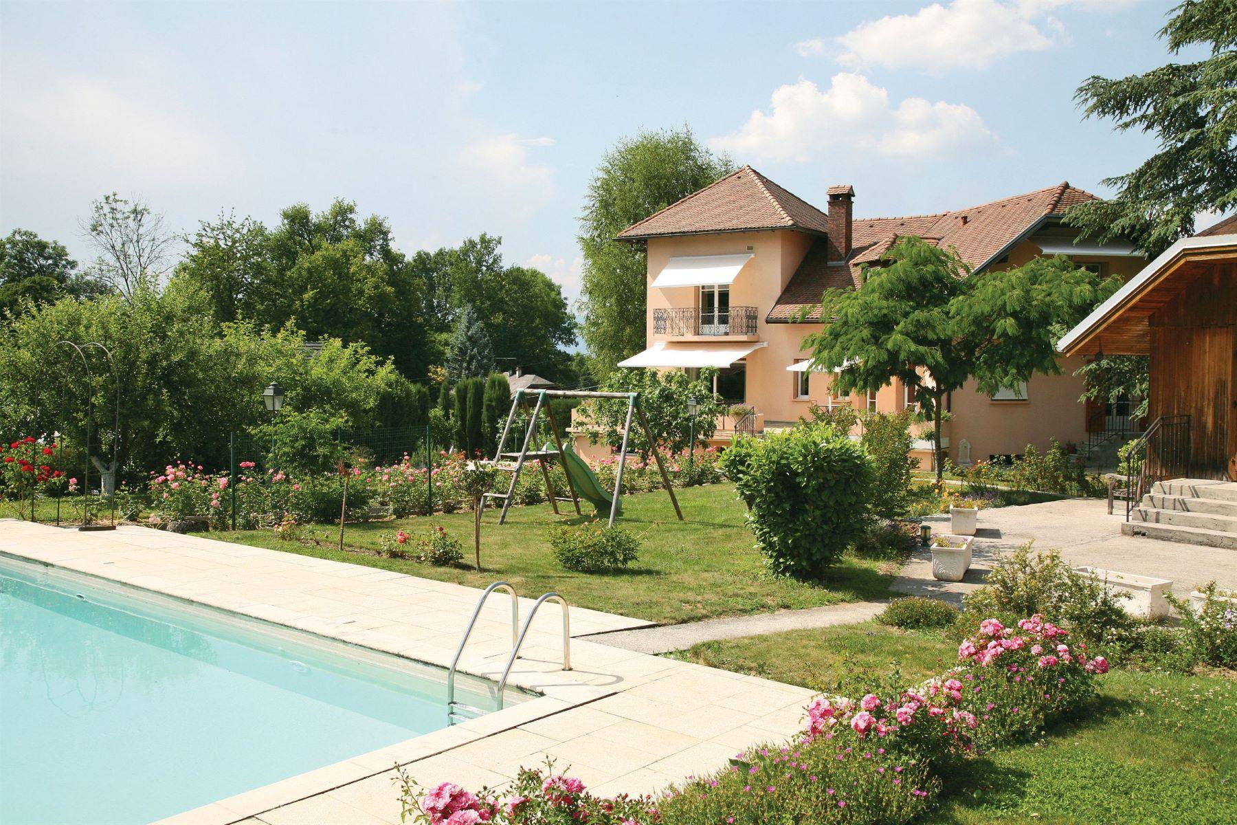 واحد منزل الأسرة للـ Sale في Propriété campagnarde bourgeoise – Proche Aix les bains Gresy Sur Aix, Rhone-Alpes, 73100 France