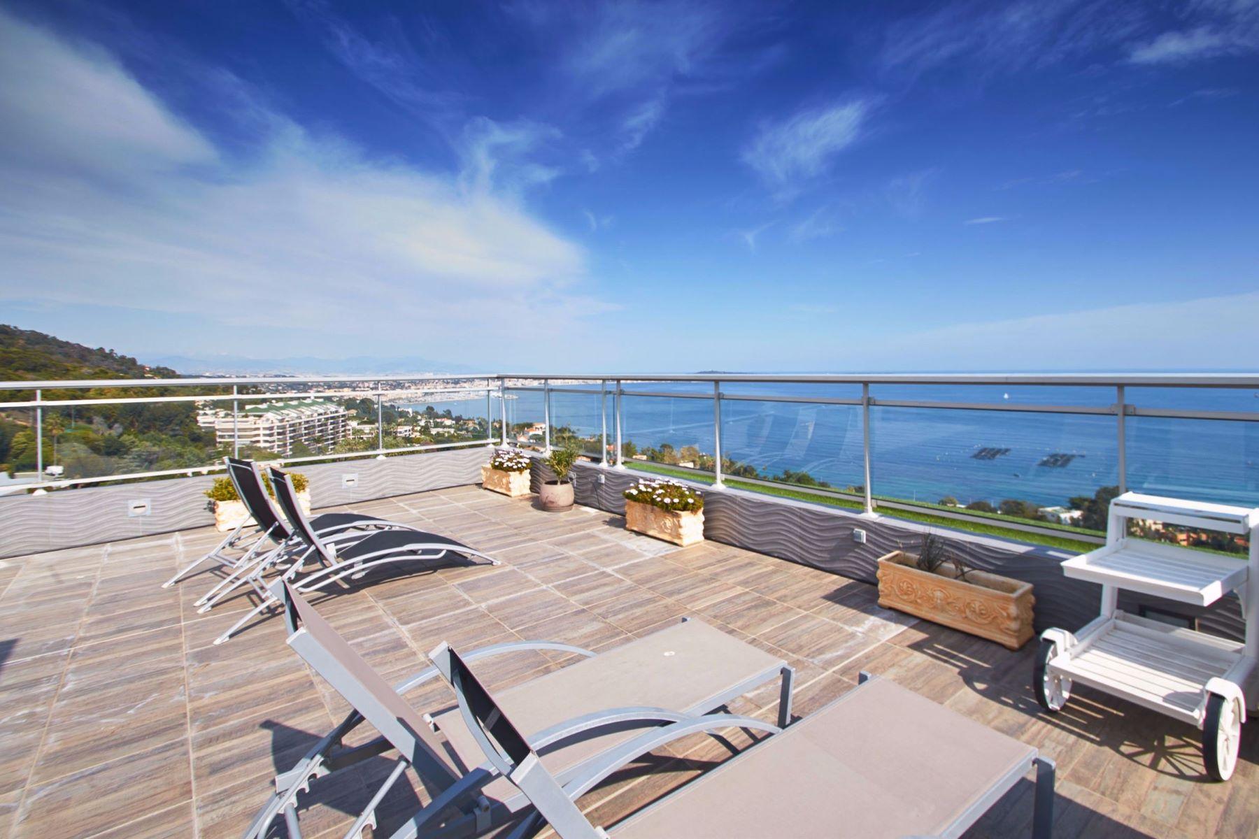 Apartments por un Venta en Penthouse in a high-end condominium in La Californie, Cannes Cannes, Provincia - Alpes - Costa Azul 06400 Francia