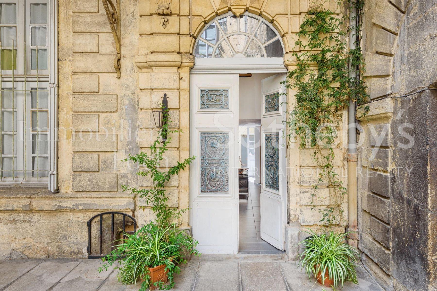 Apartamento por un Venta en Montpelier Historical Center - Amazing flat with courtyard Montpellier, Languedoc-Rosellón, 34000 Francia