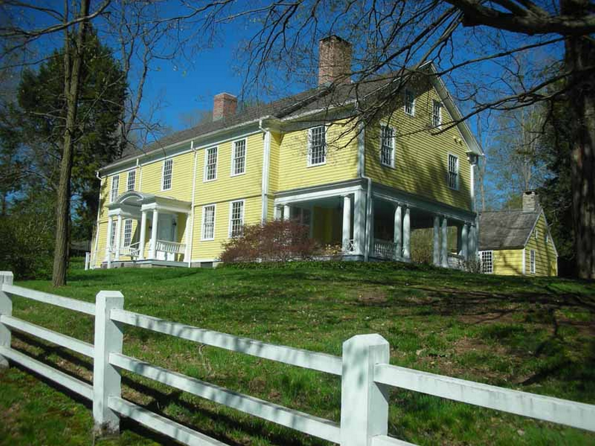 Single Family Home for Sale at Historic District Colonial 881 Main St Woodbury, Connecticut 06798 United States