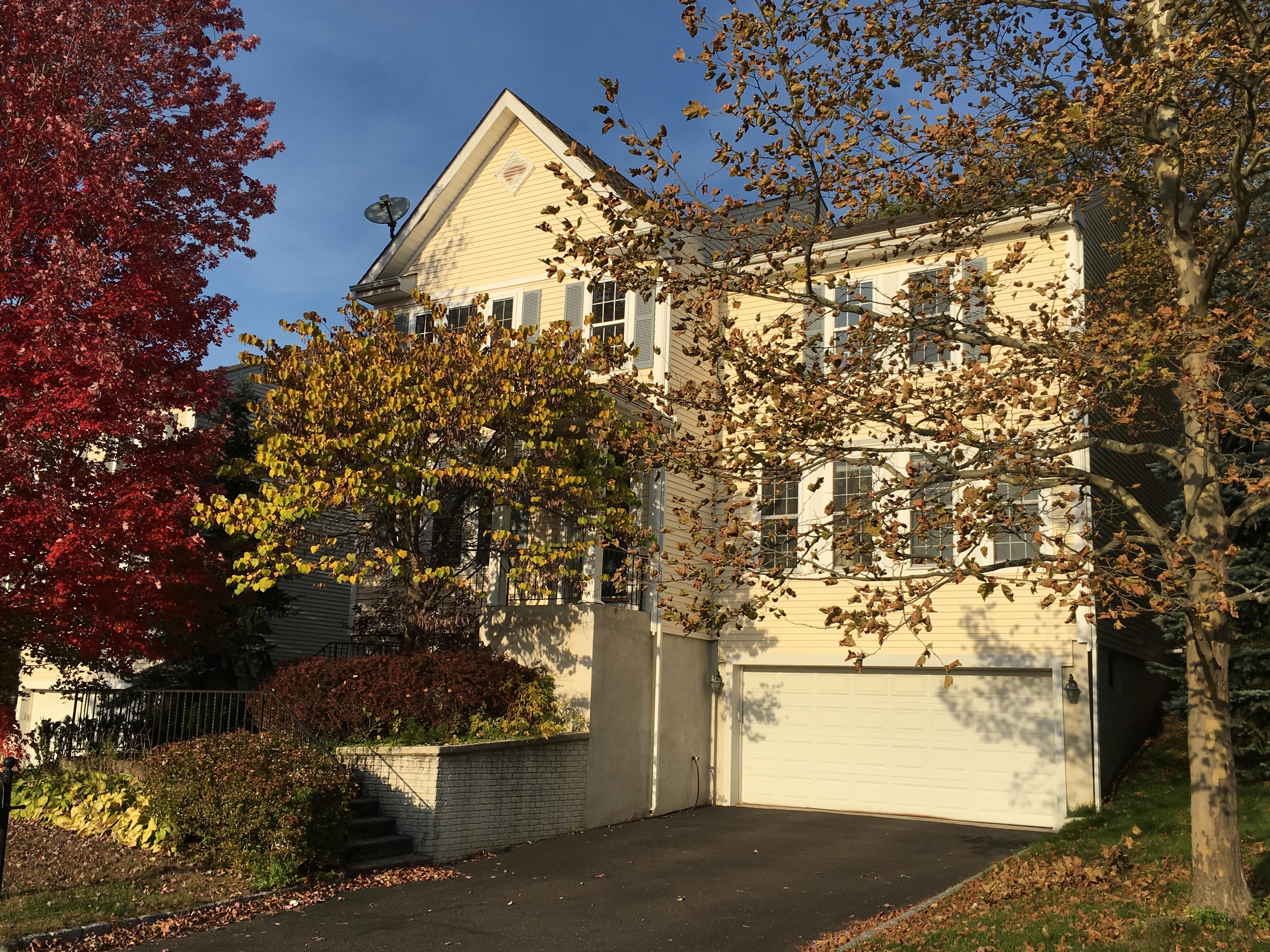 Einfamilienhaus für Verkauf beim 26 Bellefair Road Rye Brook, New York 10573 Vereinigte Staaten